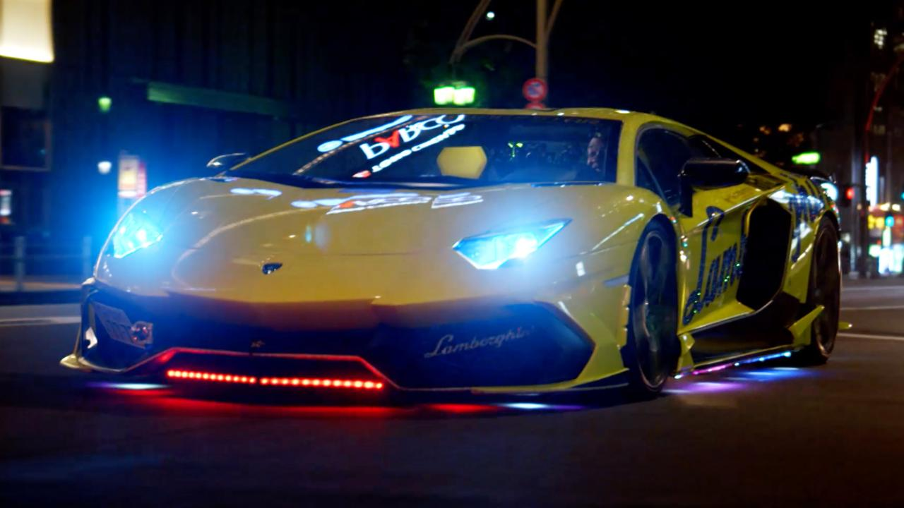 Neon Lamborghinis In Tokyo Tg Tv Goes To Japan Top Gear