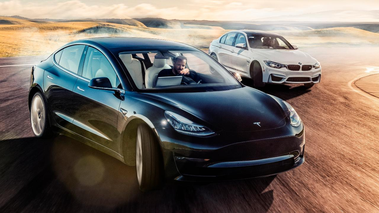 Calling Elon's bluff: Tesla Model 3 vs BMW M3 | Top Gear