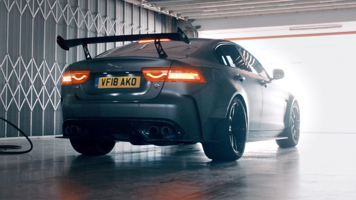 Tg24 Listen To The 200mph Jaguar Xe Sv Project 8 Top Gear