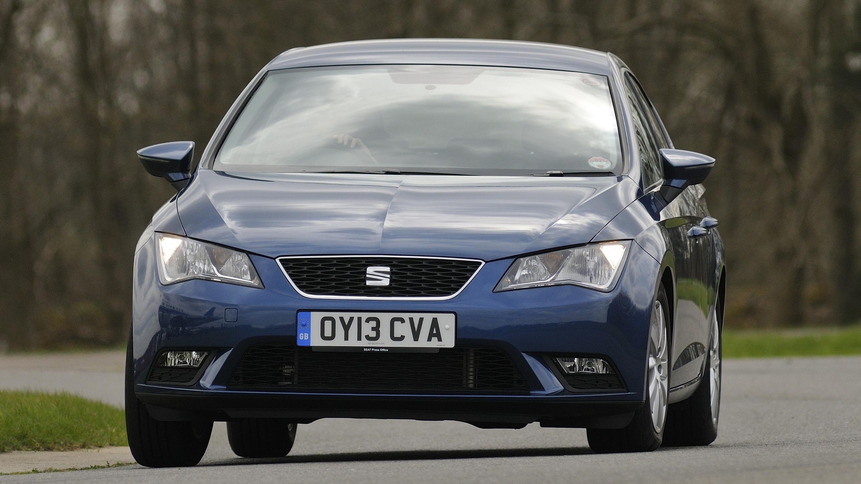 Seat Leon blue front