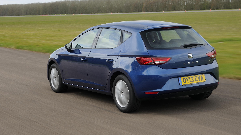 Seat Leon blue rear