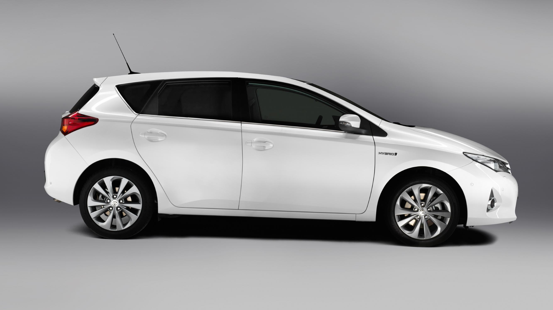 Toyota Auris Review