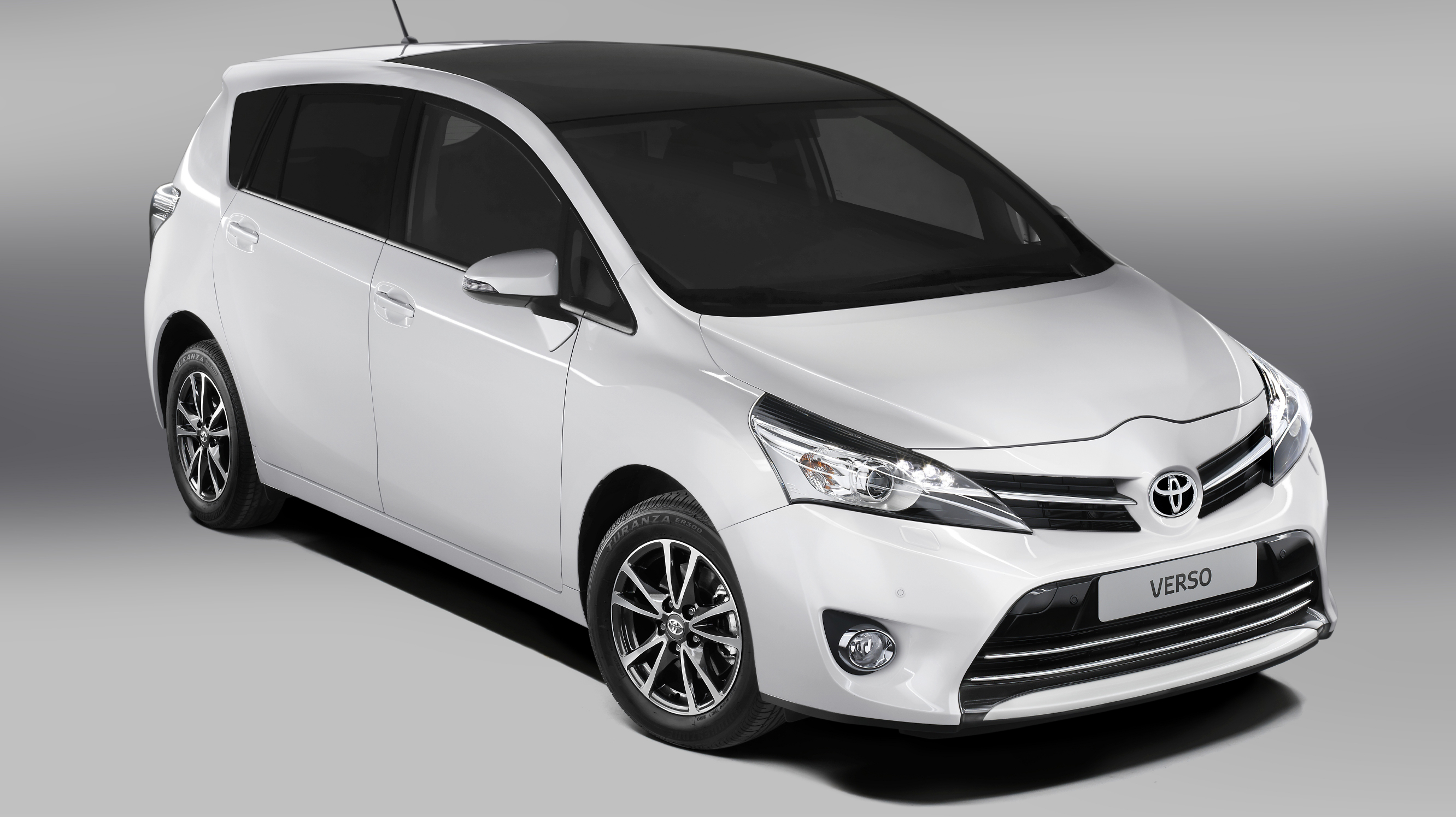 2017 toyota verso review top gear. Black Bedroom Furniture Sets. Home Design Ideas