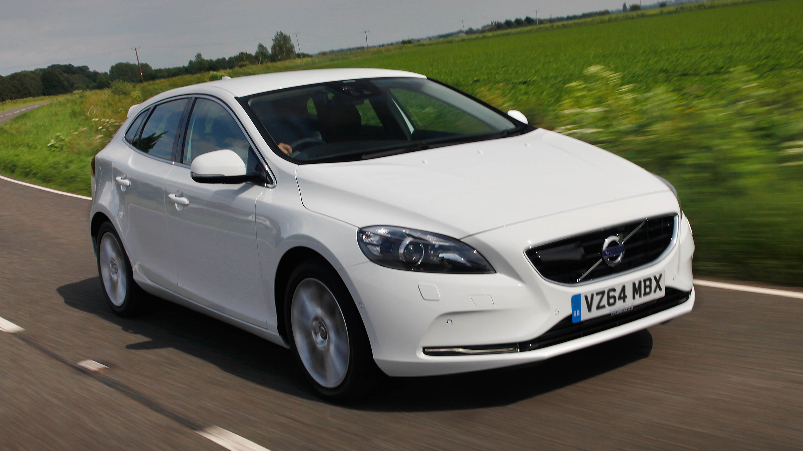 Volvo V40 Review | Top Gear