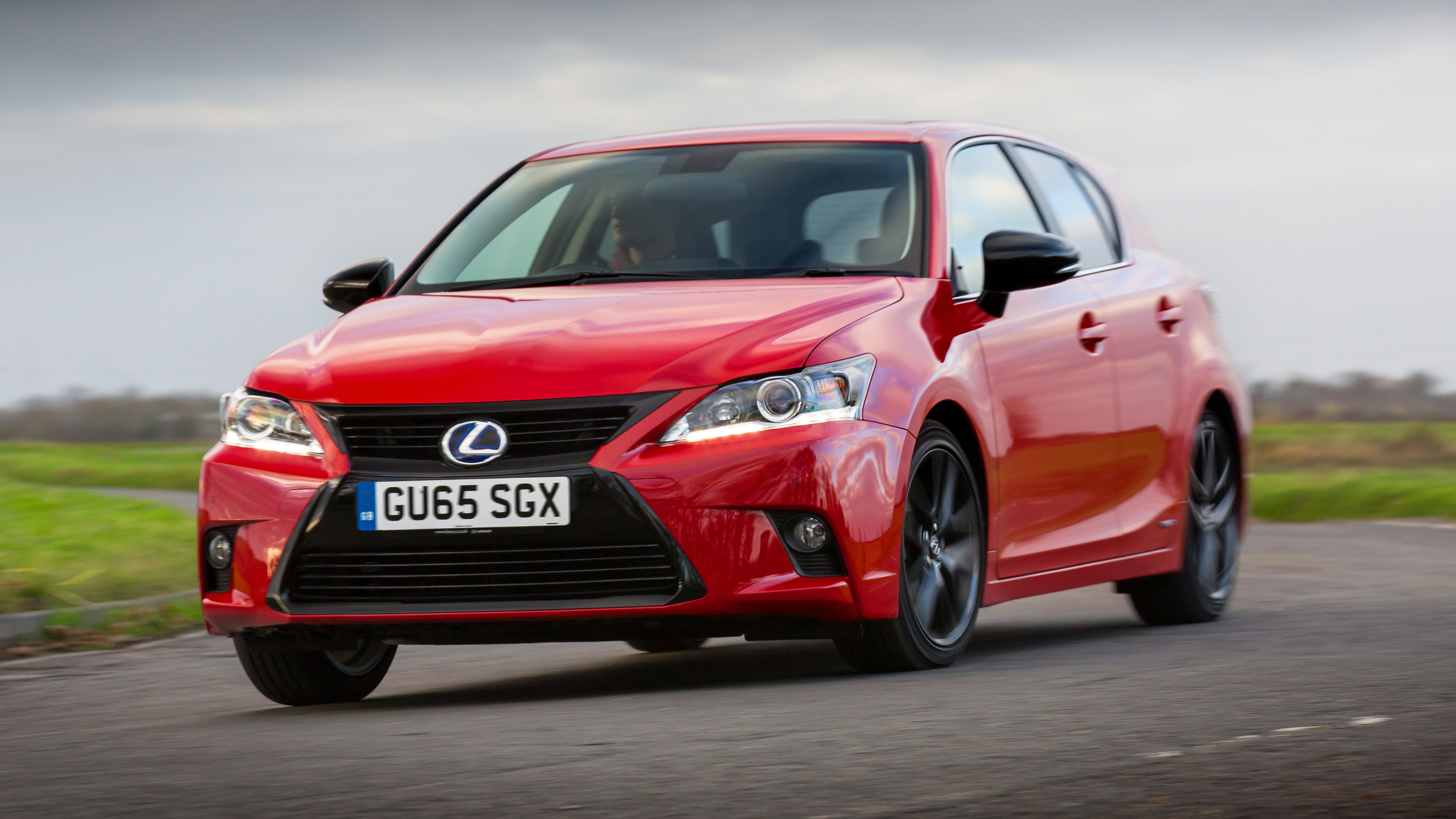 of hybrid is lexus dsc pounds the ct sexiness