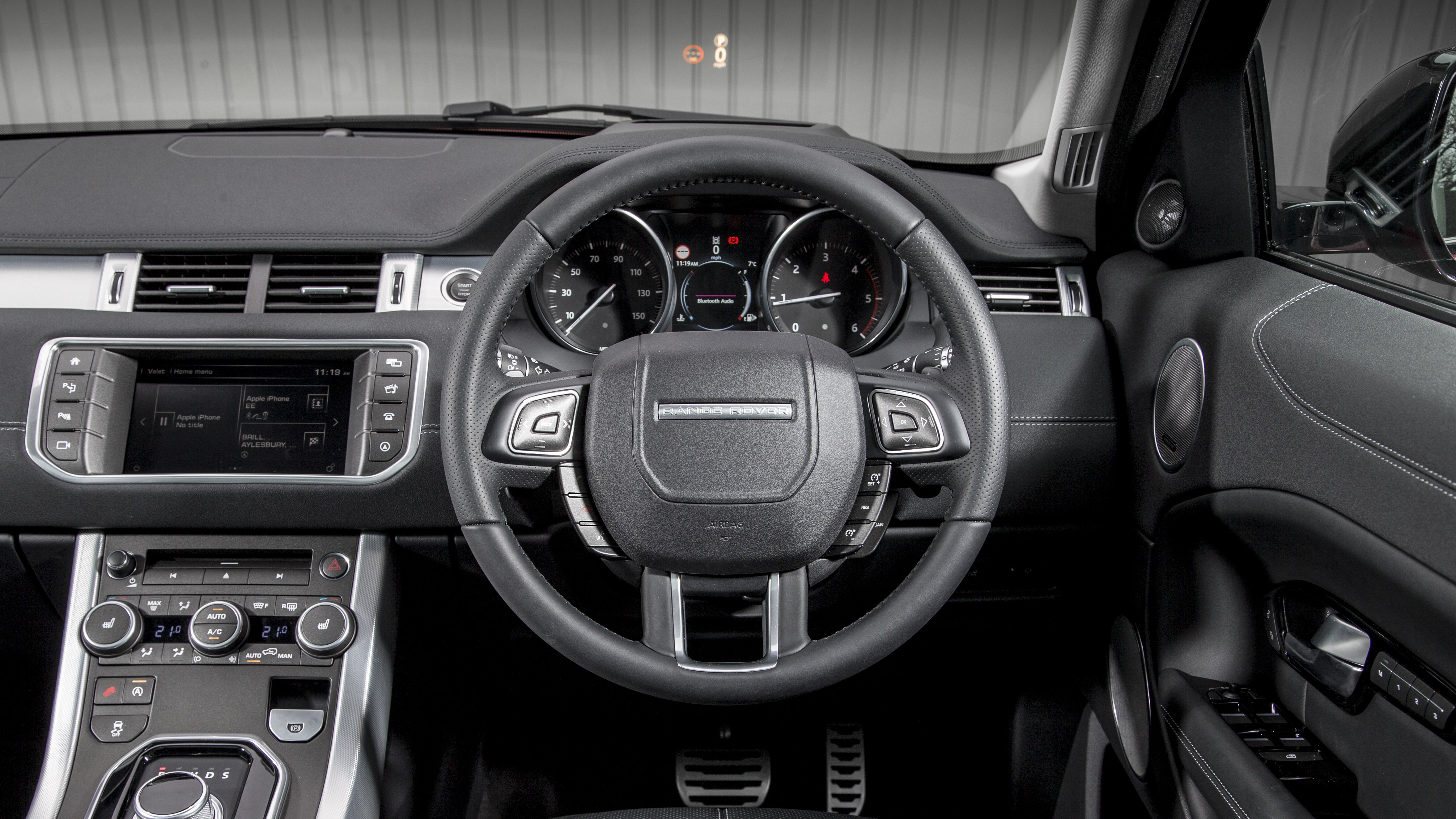 2018 range rover evoque review top gear. Black Bedroom Furniture Sets. Home Design Ideas