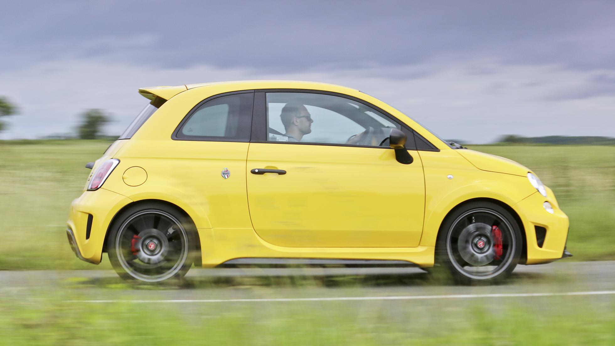 Abarth 500 yellow side