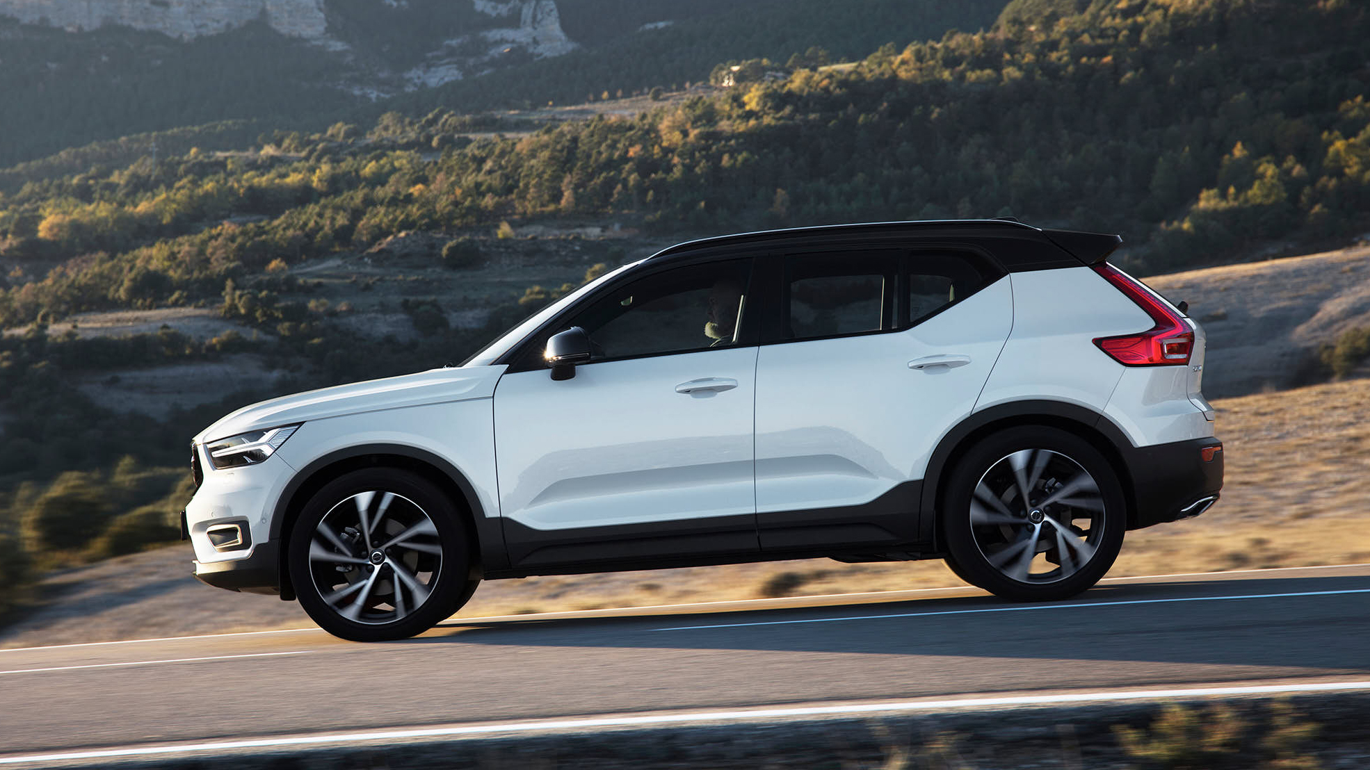 2018 volvo xc40 review top gear. Black Bedroom Furniture Sets. Home Design Ideas