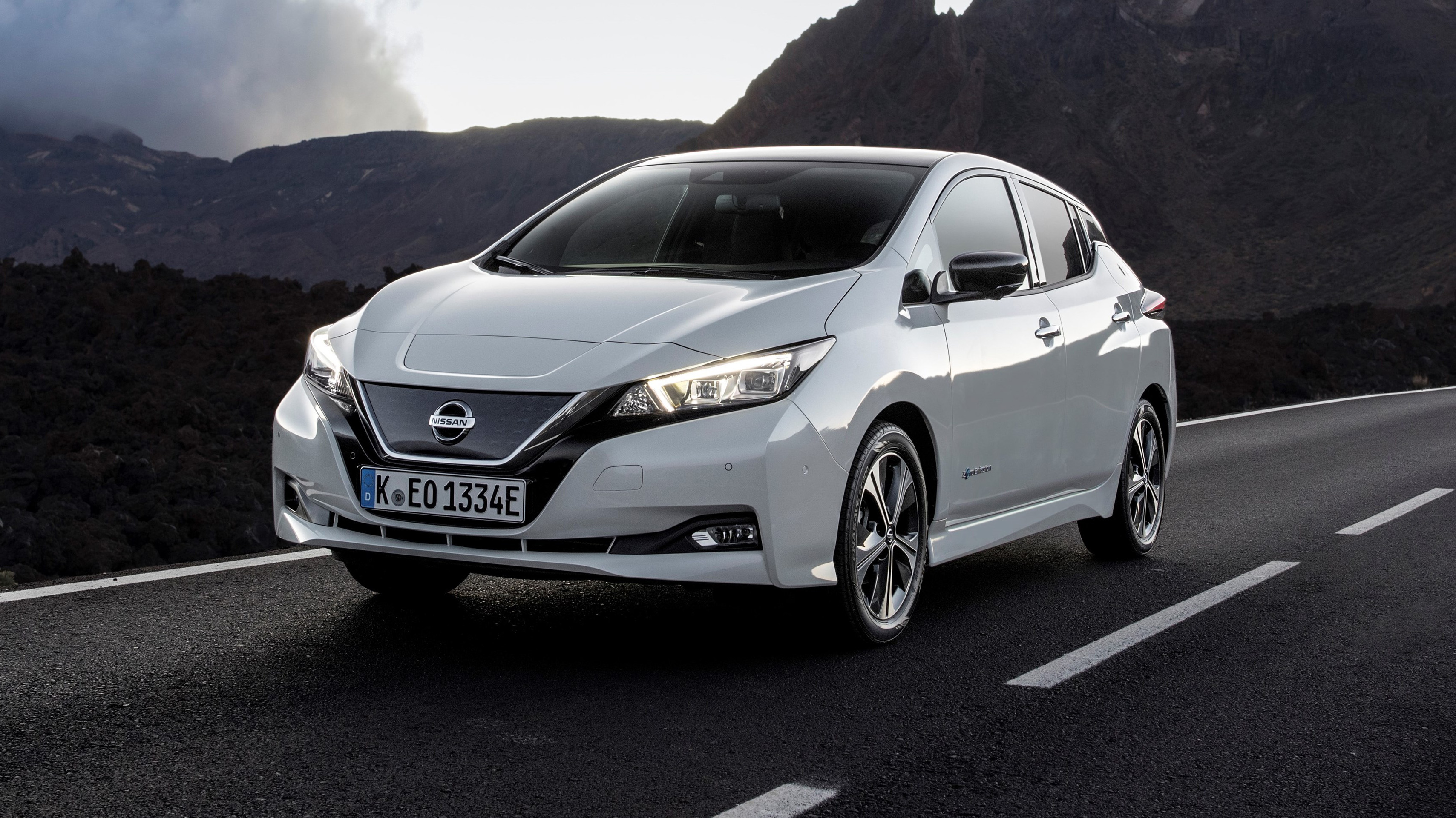 leaf drive nissan combustion than car more owners electric gas