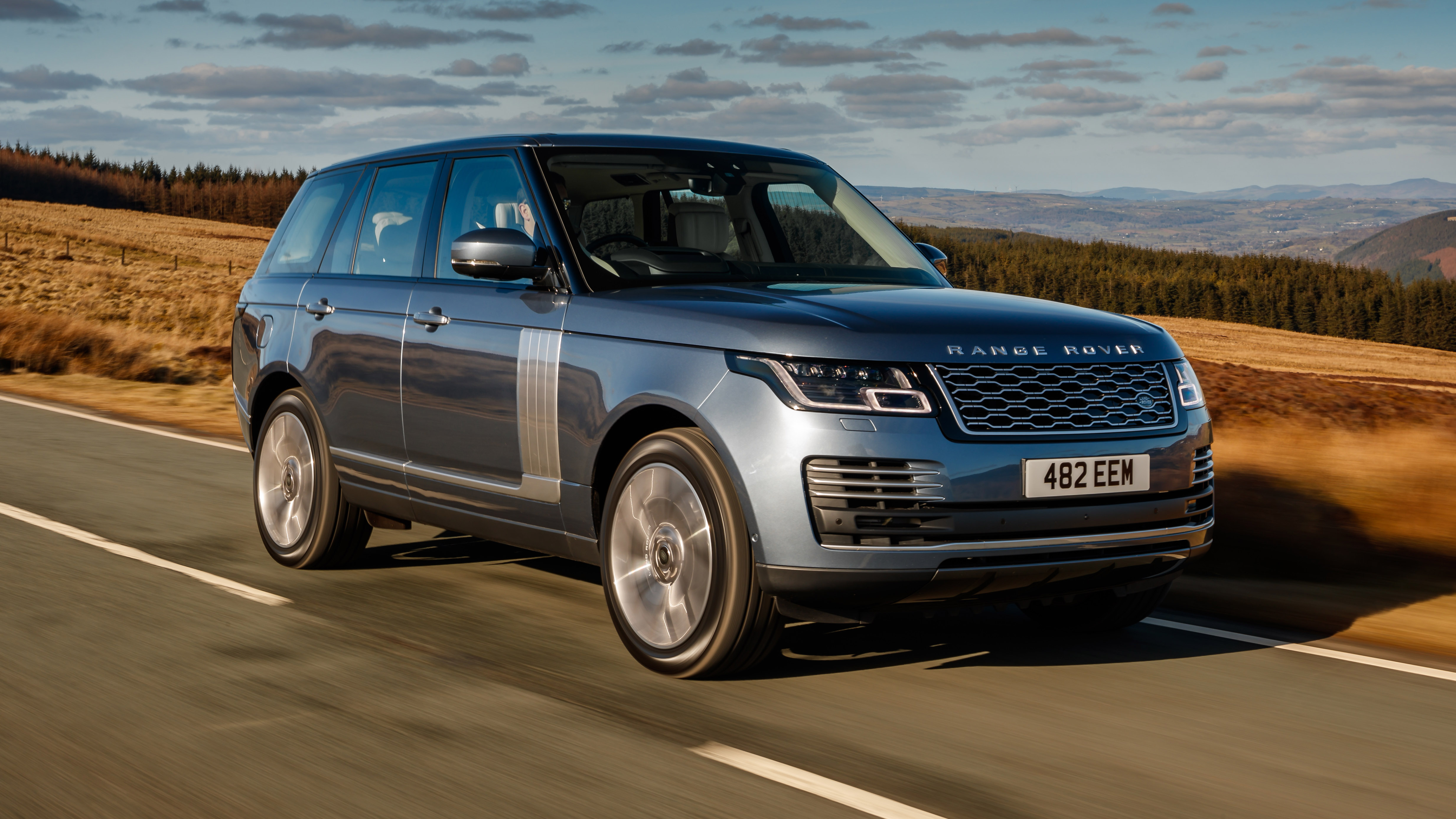 motor rear news cheap land test first rover view en trend civilized beast discovery parked landrover