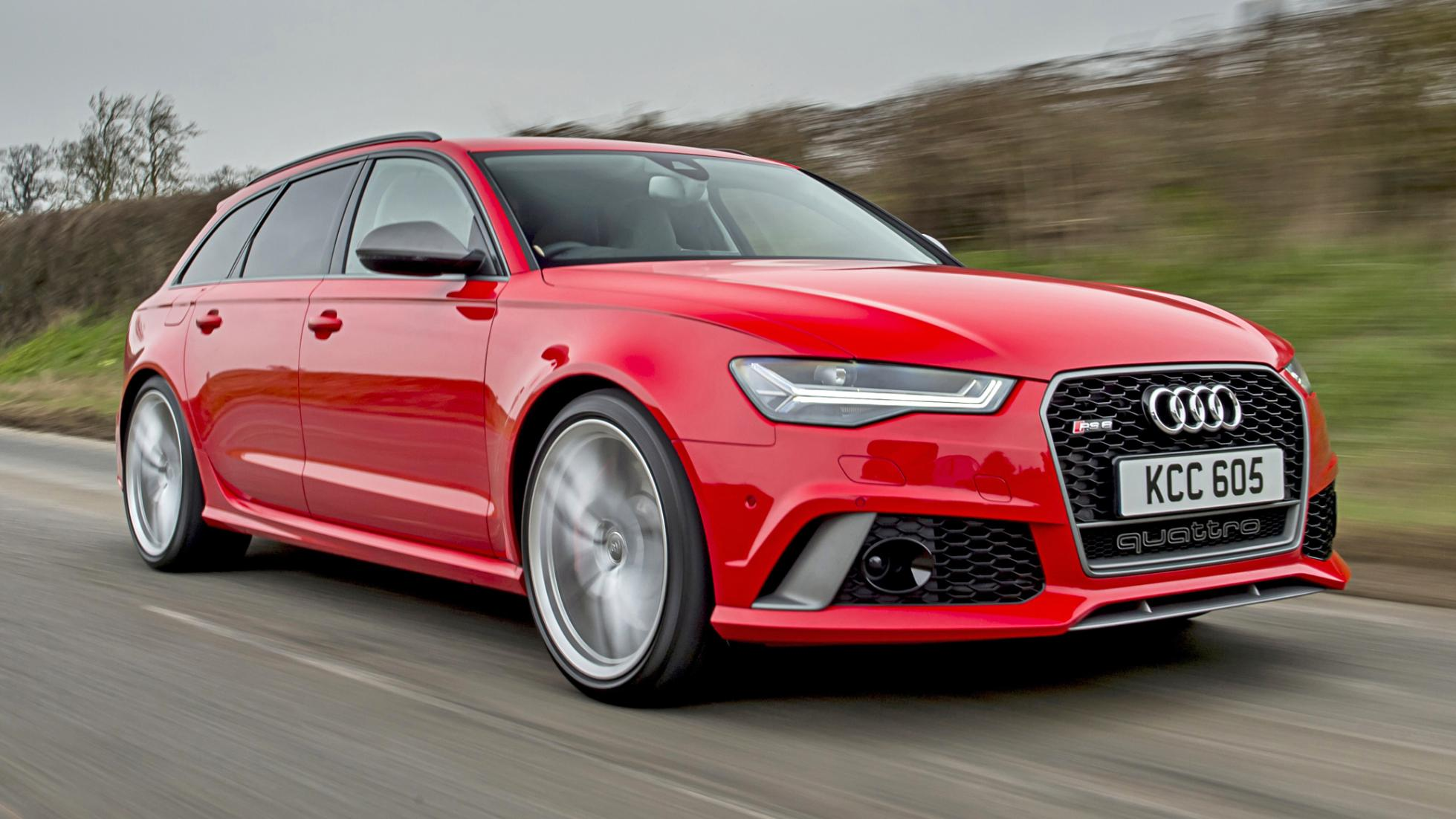Audi RS6 avant red front quarter