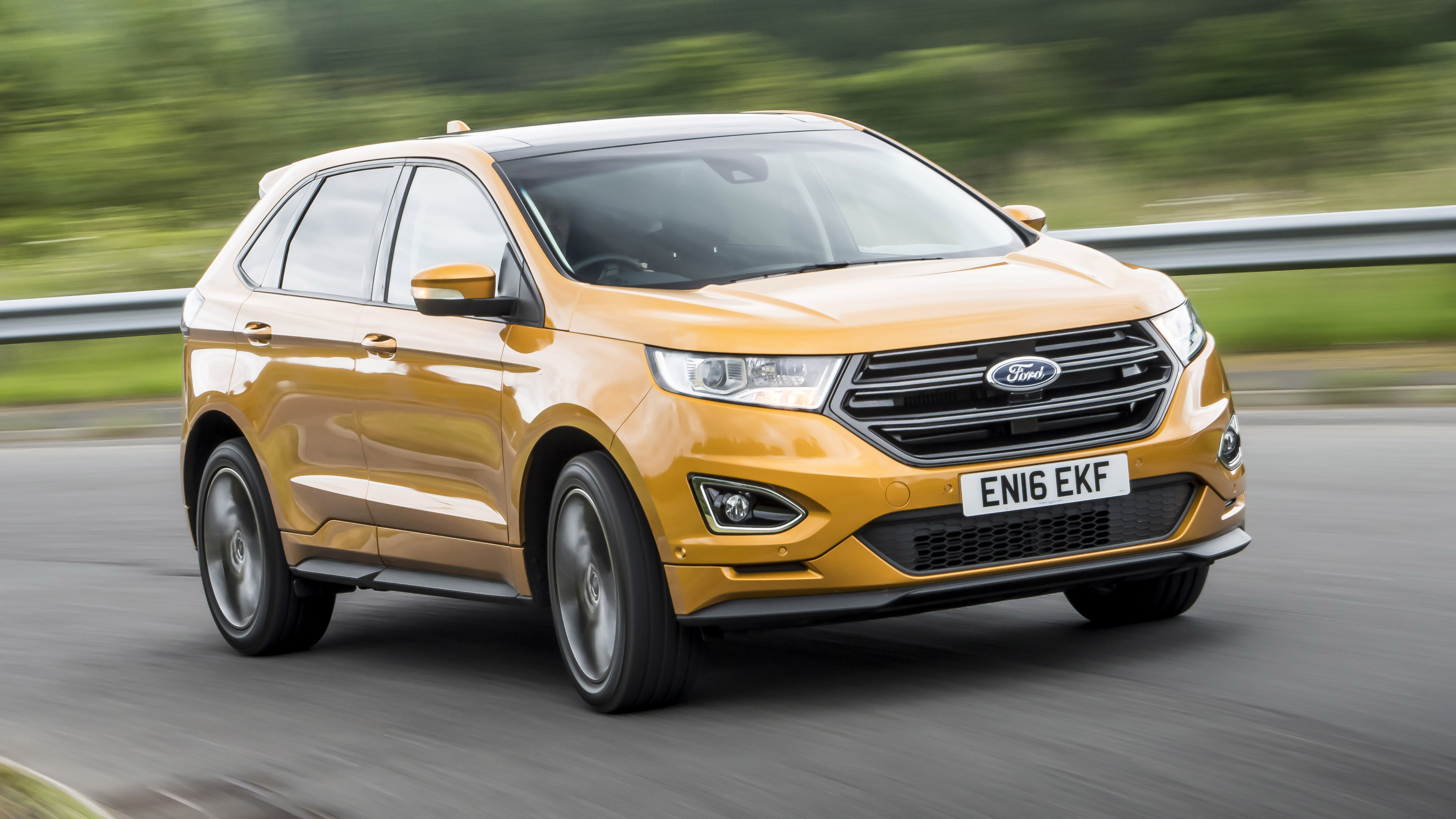 Ford Edge front three quarters