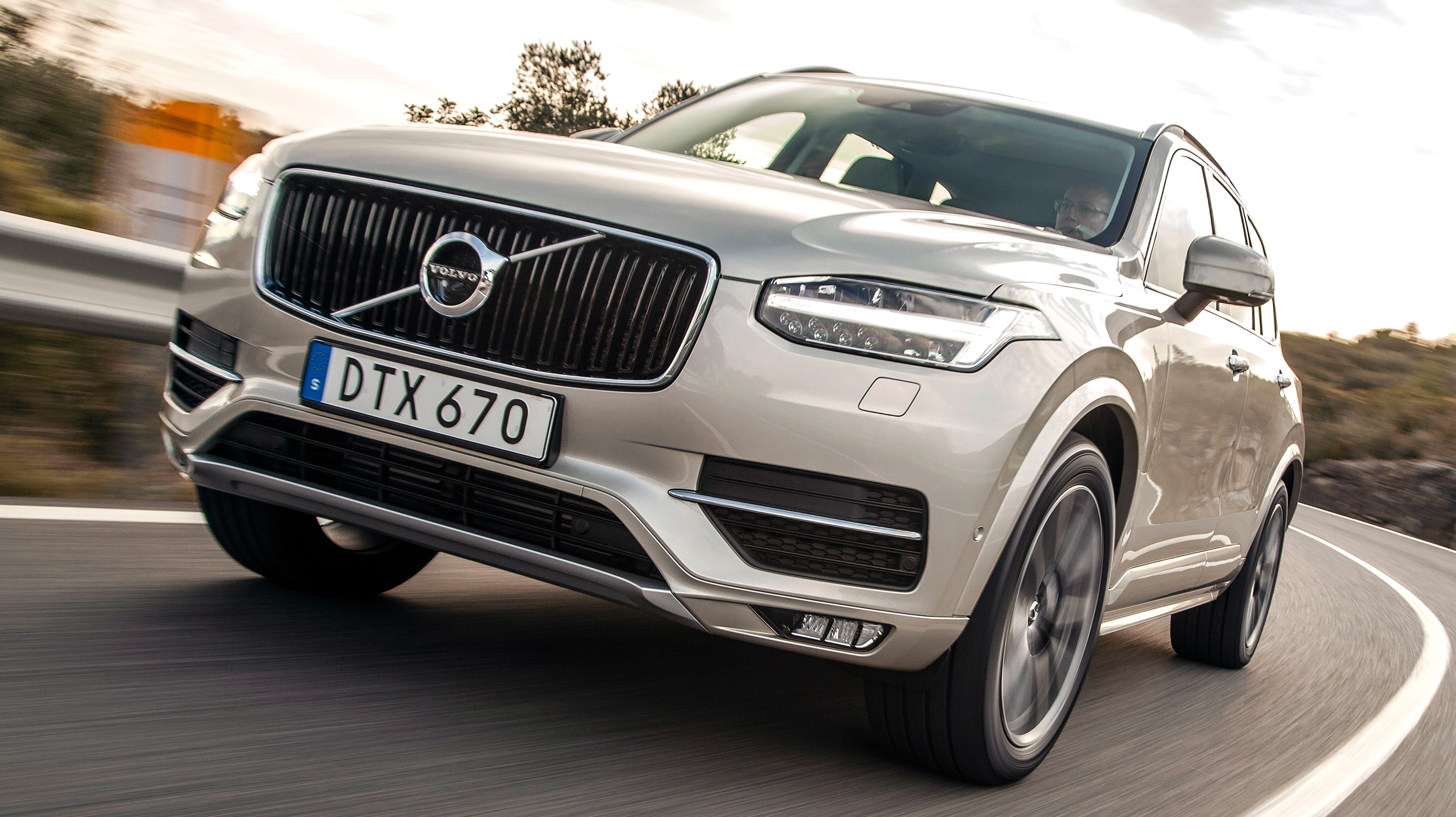 Road Test Volvo Xc90 2 0 D5 Inscription 5dr Awd Geartronic