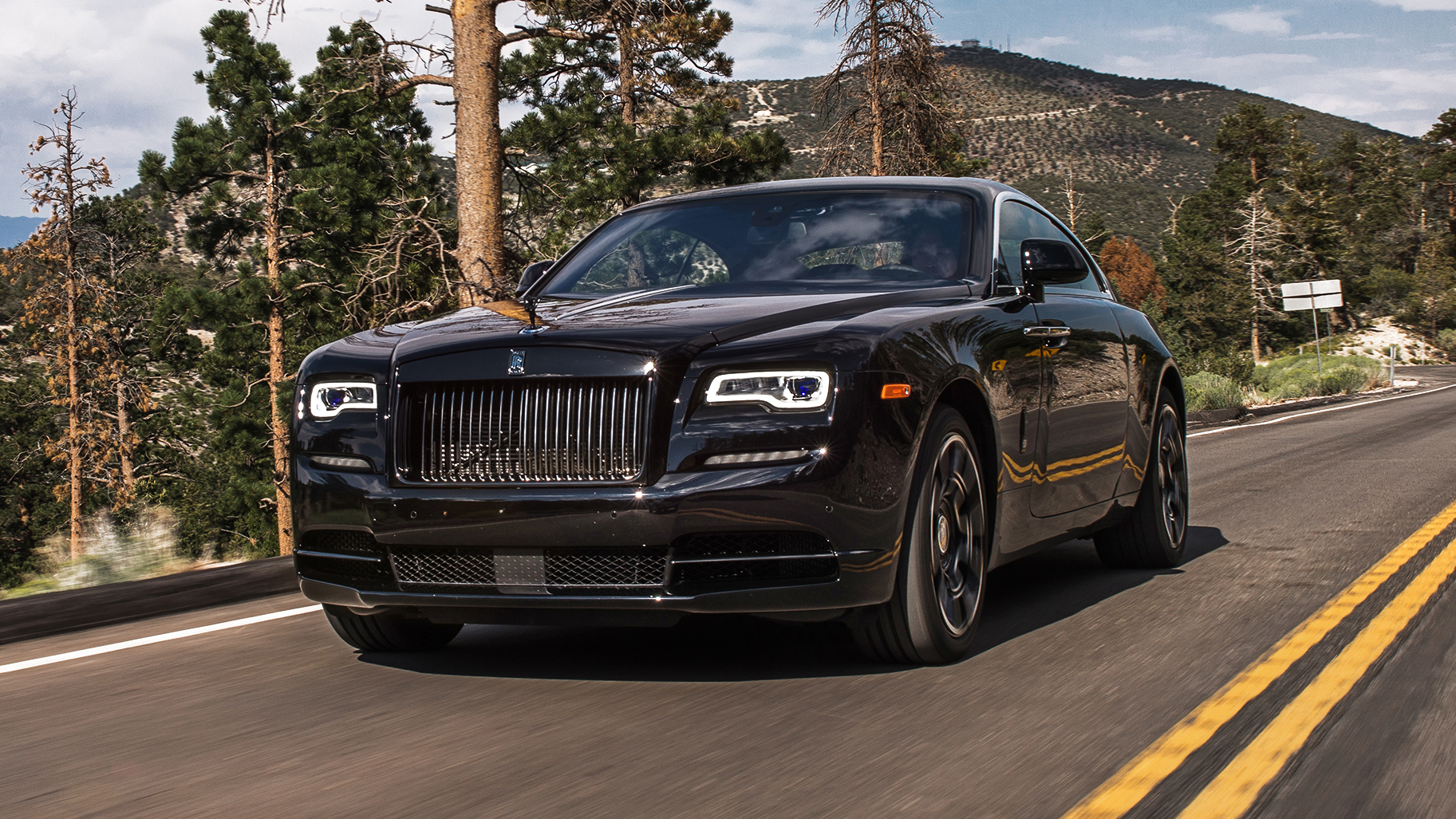 Rolls Royce Black Badge >> Review The Rolls Royce Wraith Black Badge Top Gear
