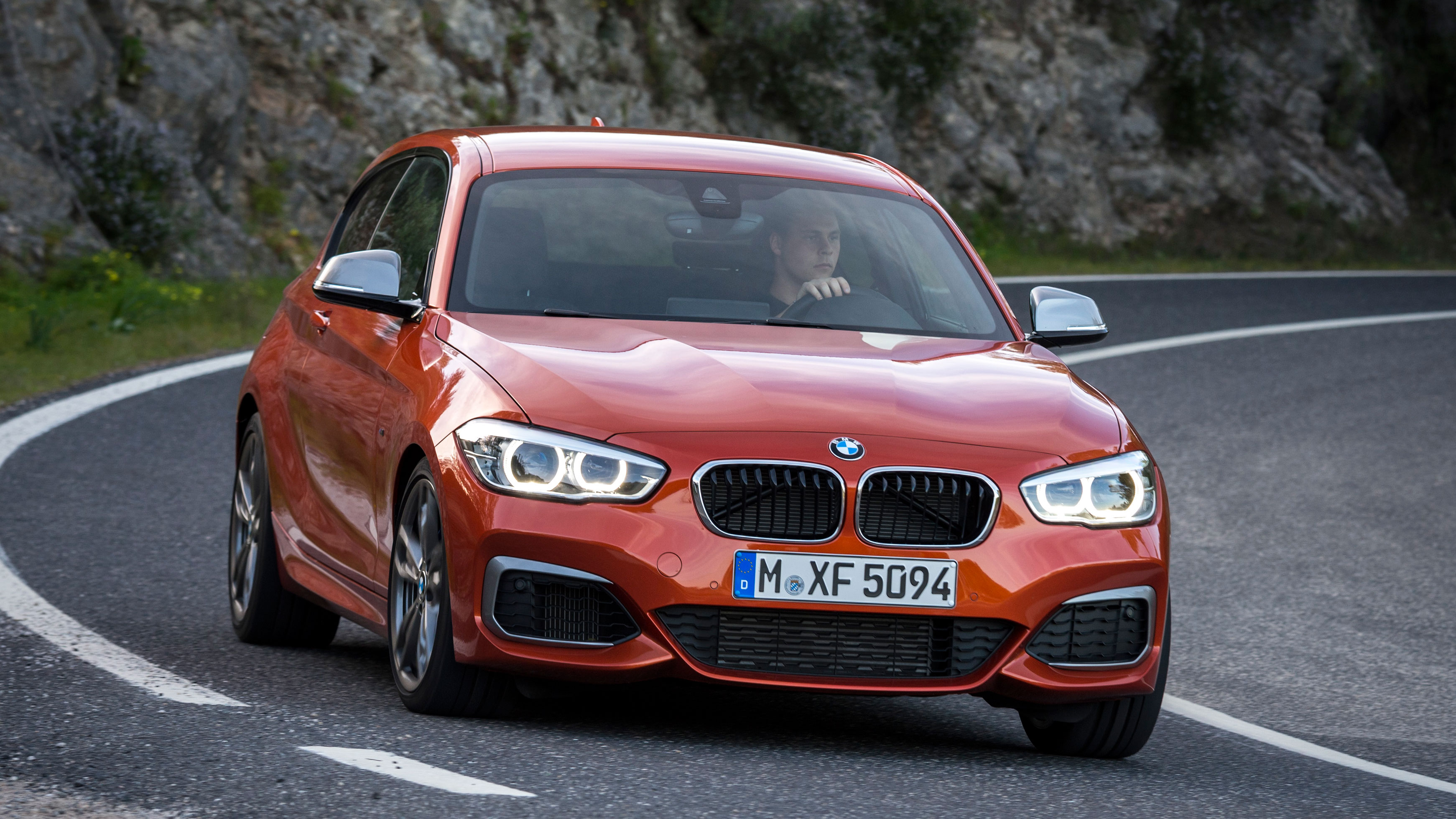 BMW M140i hot hatchback review (2016-2018) | Top Gear