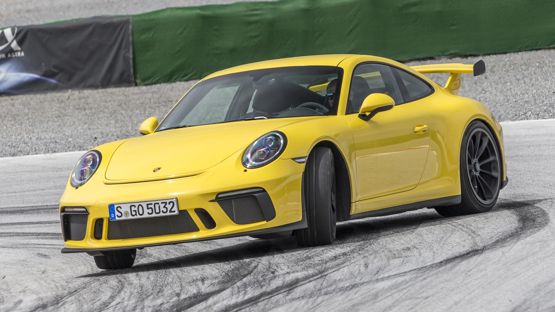 Porsche 911 GT3 yellow front