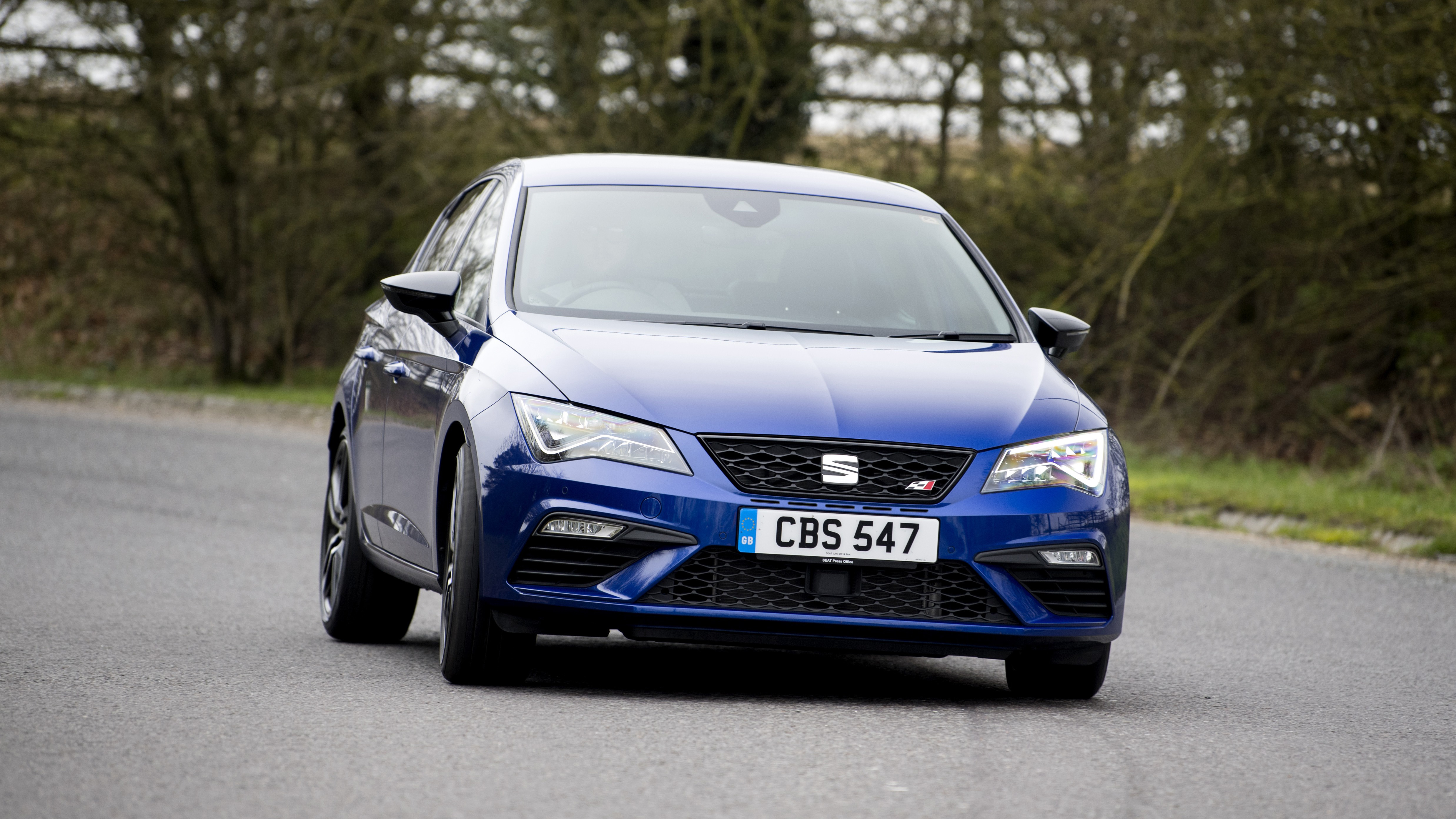 the new Seat Leon Cupra front