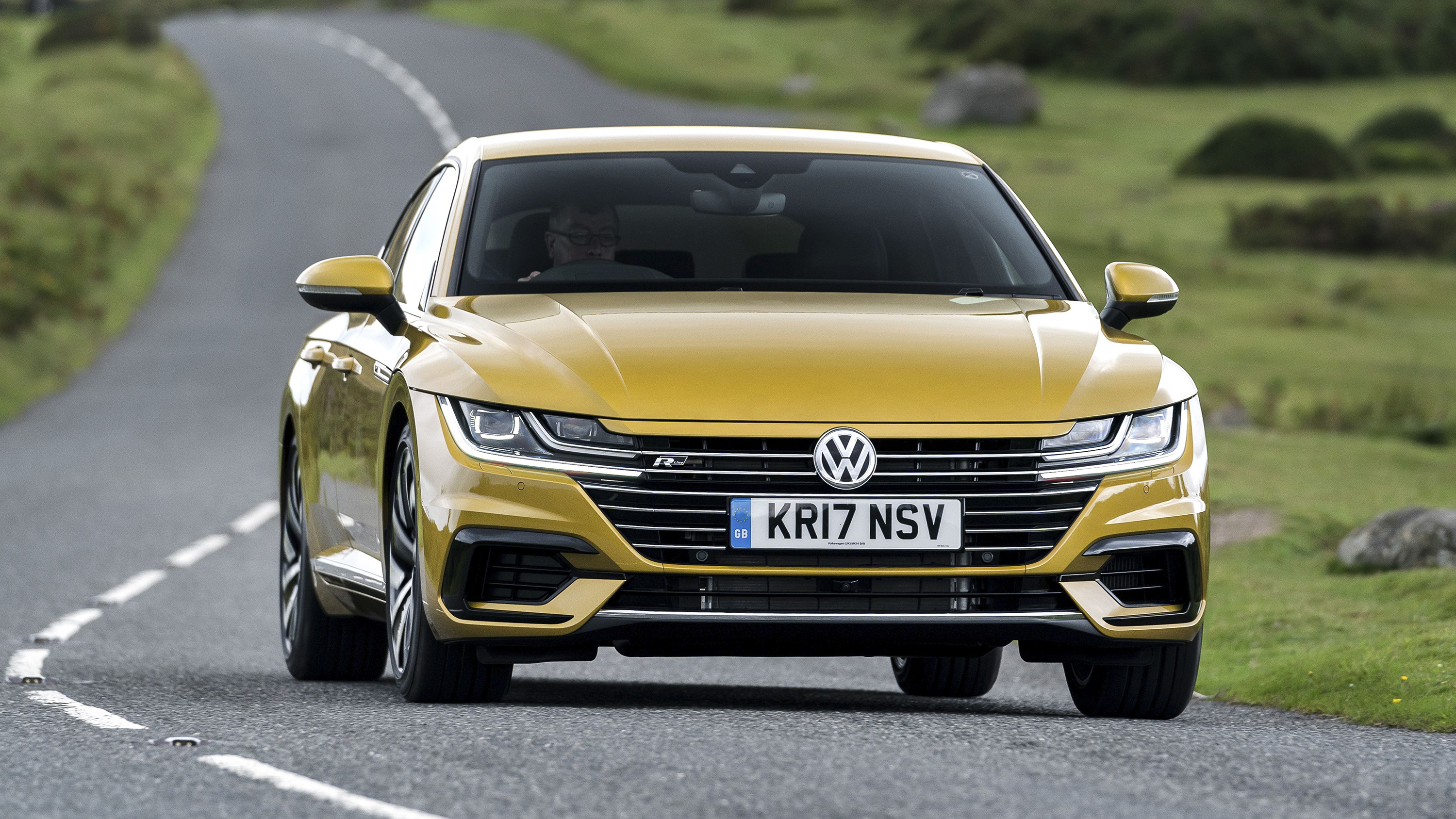 the volkswagen arteon looks like no other vw top gear. Black Bedroom Furniture Sets. Home Design Ideas