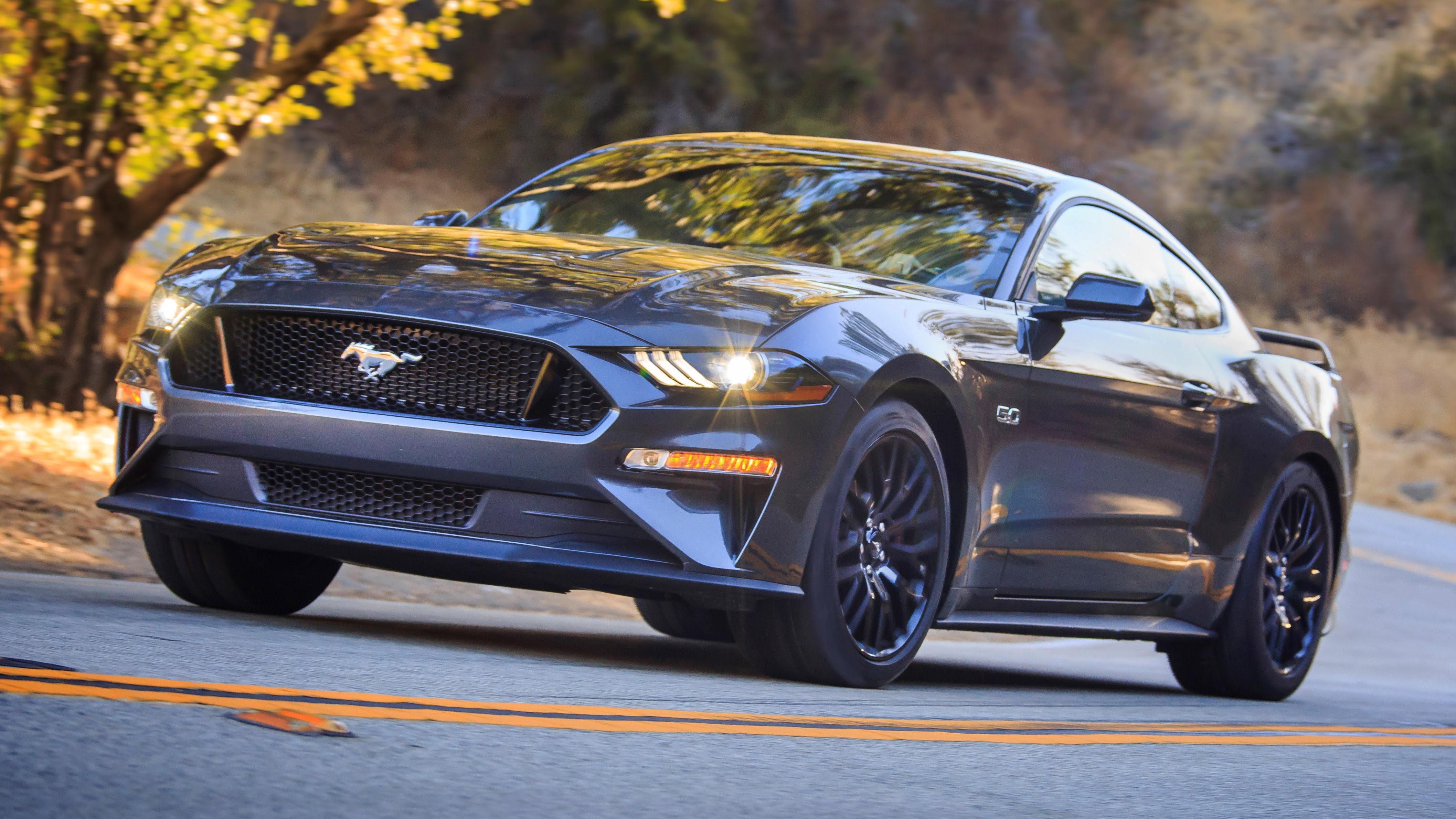 2018 Ford Mustang front three quarters