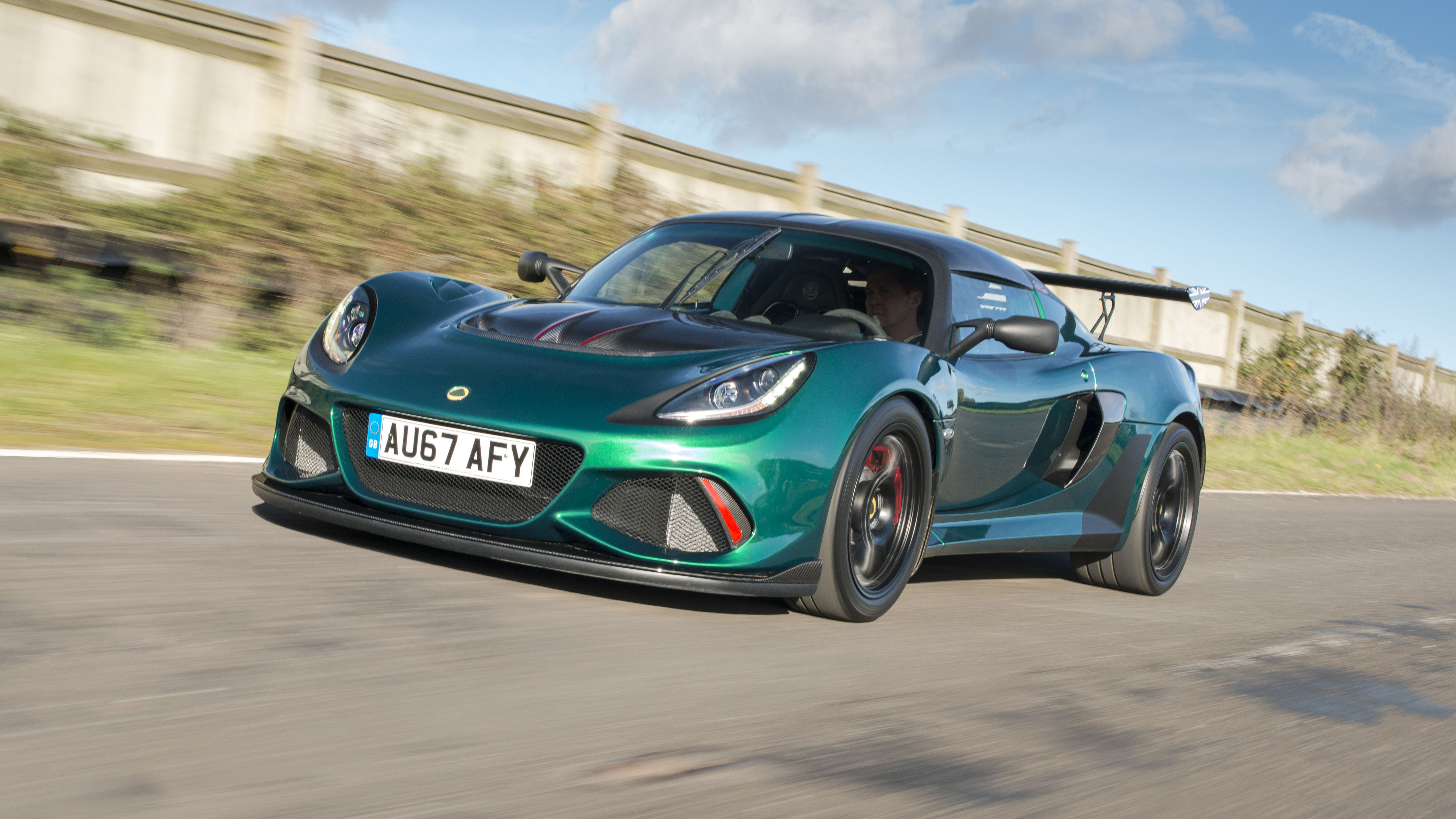 Lotus Exige Cup 430 front three quarters