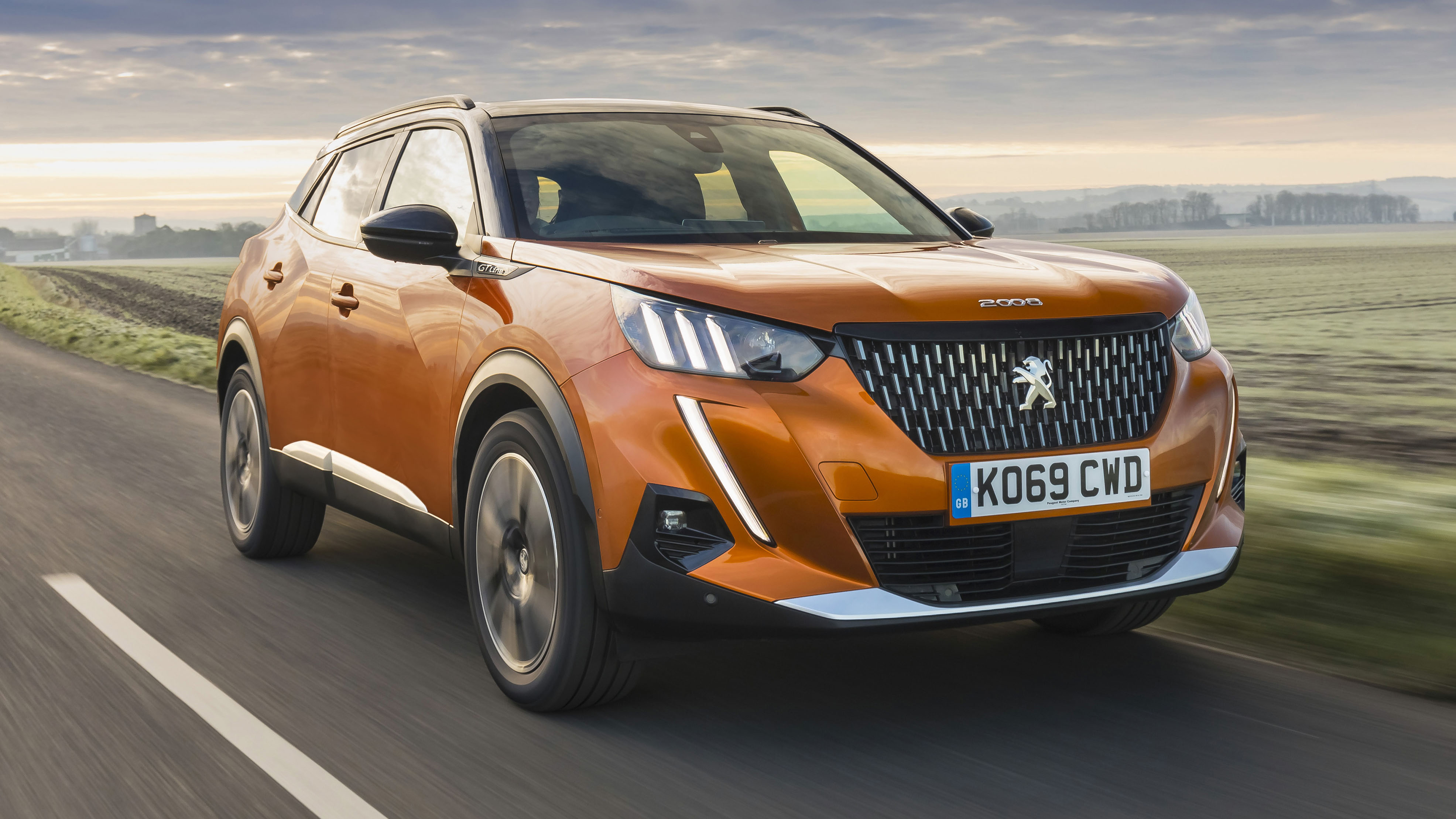 Peugeot 2008 Gt Puretech Review Top Spec Suv Tested Top Gear