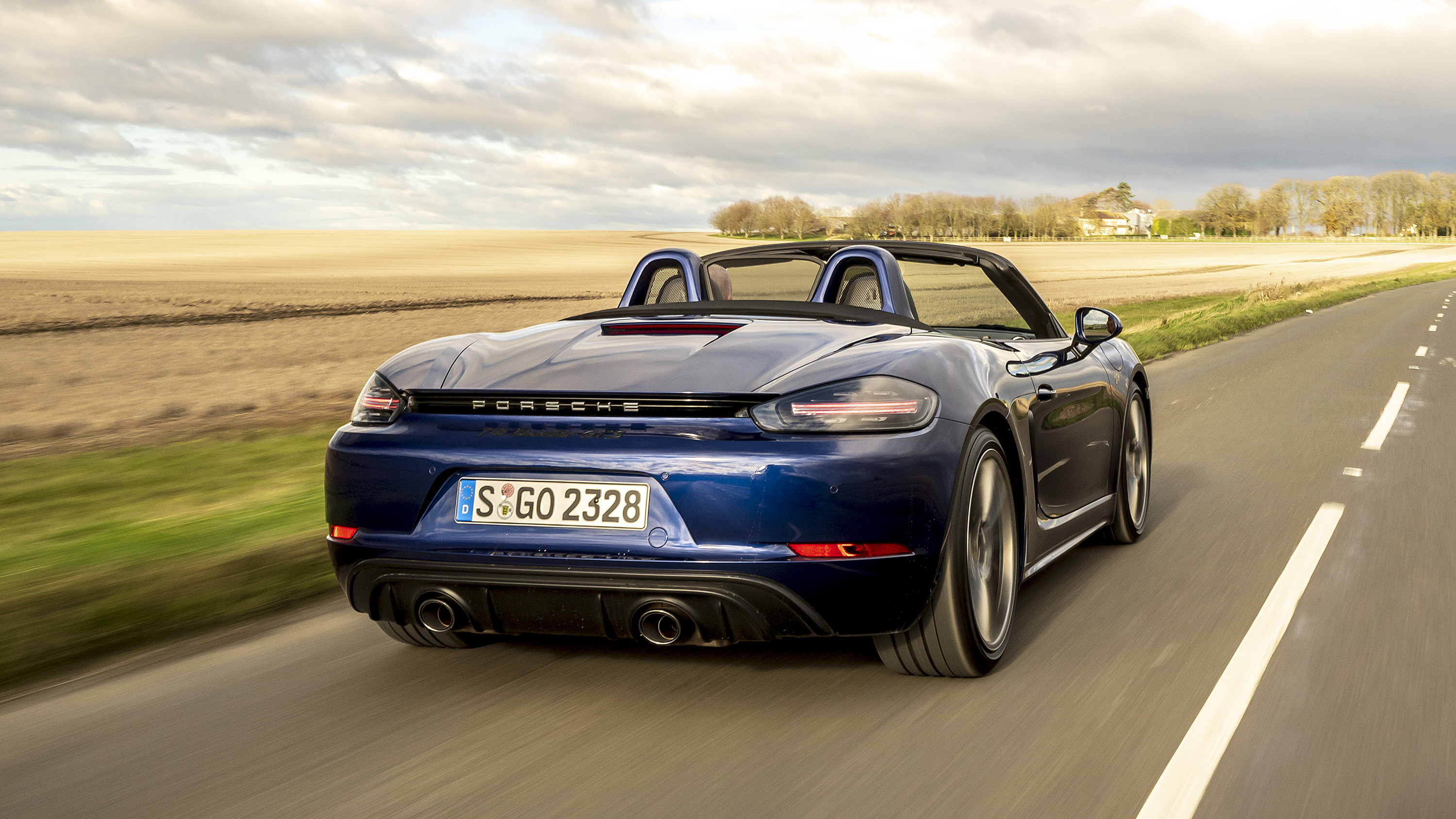 Porsche 718 Boxster Gts 4 0 Review Now With Paddles Top Gear