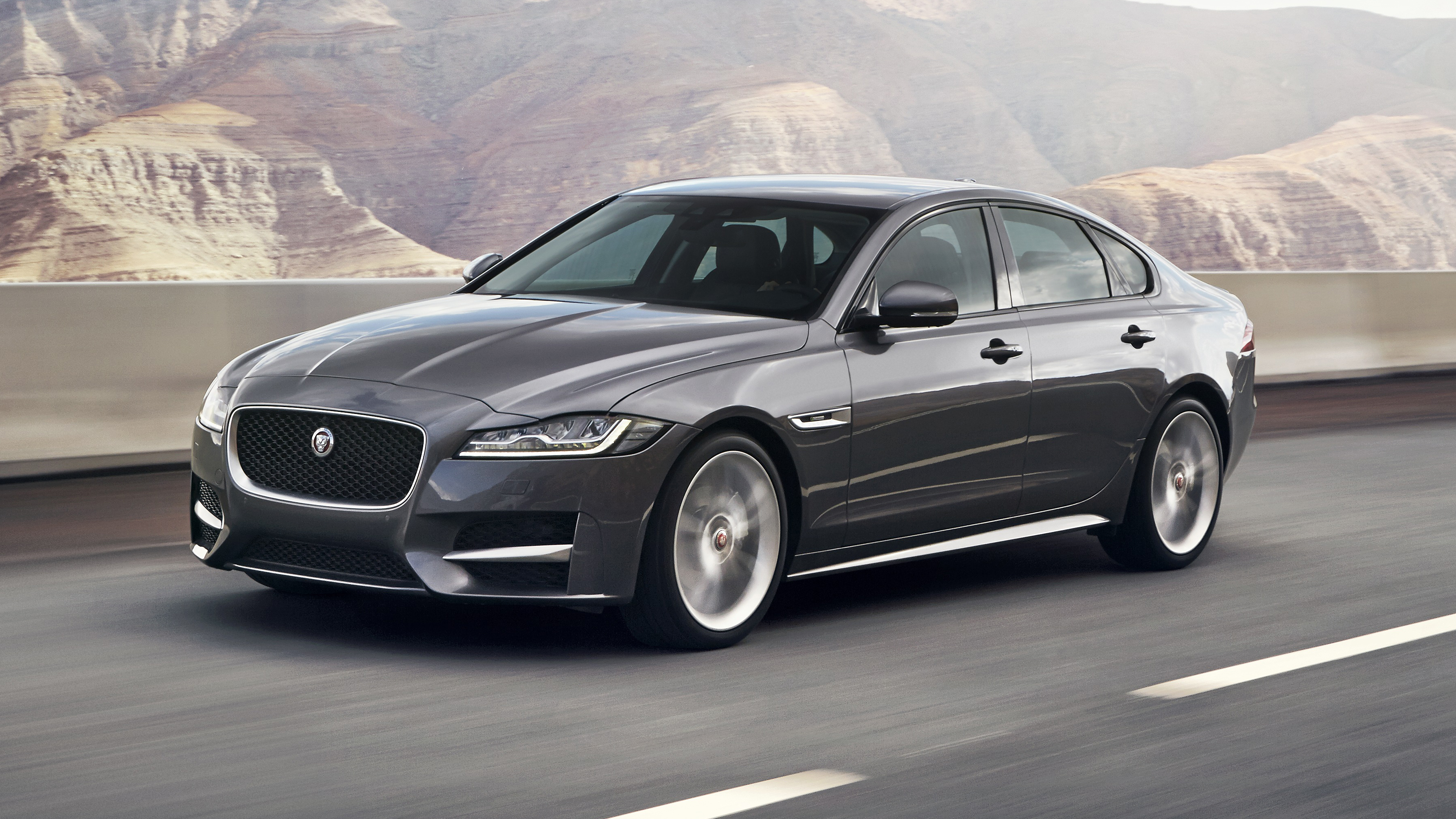 Jaguar XF review: first drive of Jag's executive saloon (2015-2018