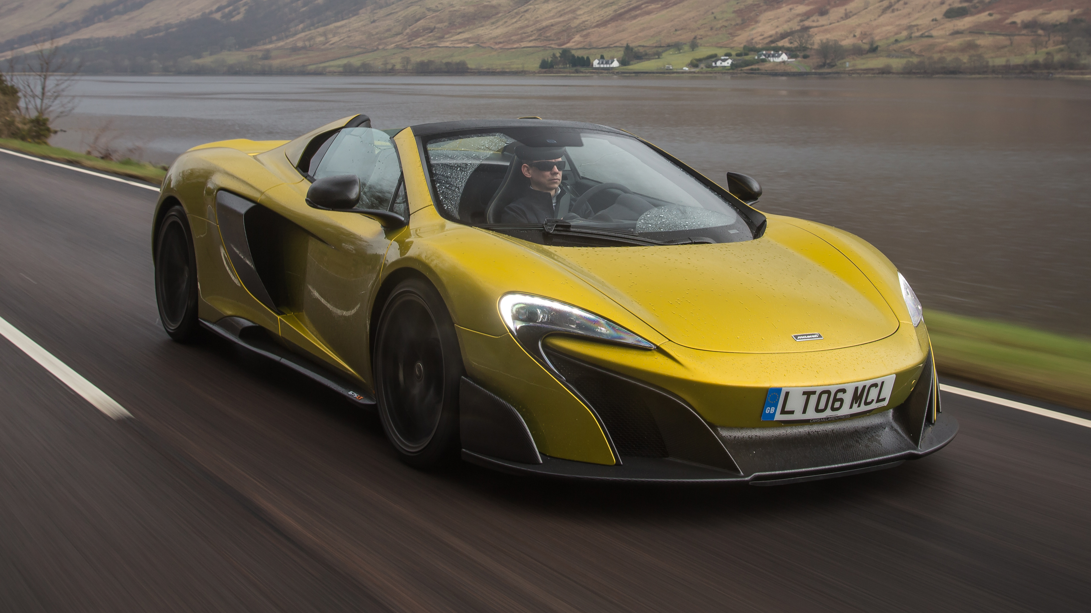 mclaren 675lt spider review better than the coupe top gear. Black Bedroom Furniture Sets. Home Design Ideas