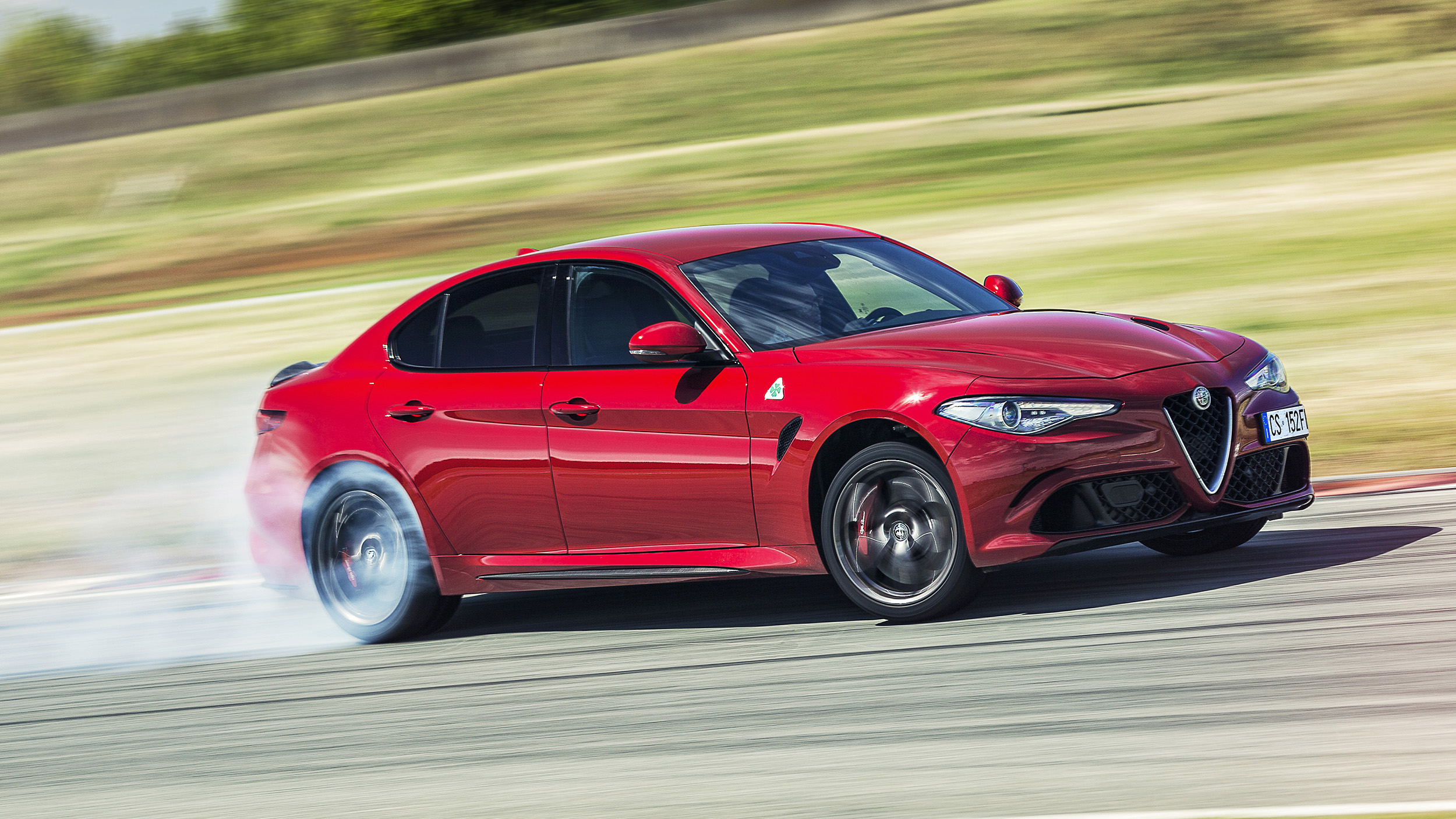 review alfa romeo giulia qv the 503bhp bmw m3 rival top gear. Black Bedroom Furniture Sets. Home Design Ideas