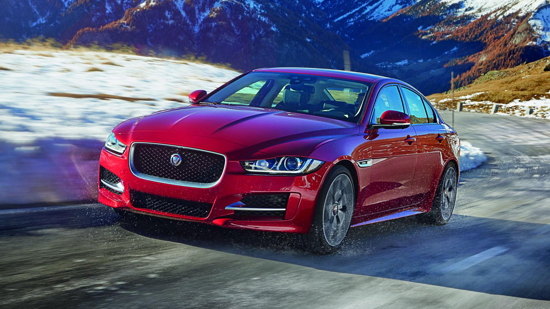 jaguar xe all wheel drive review baby jag driven in the uk top gear. Black Bedroom Furniture Sets. Home Design Ideas