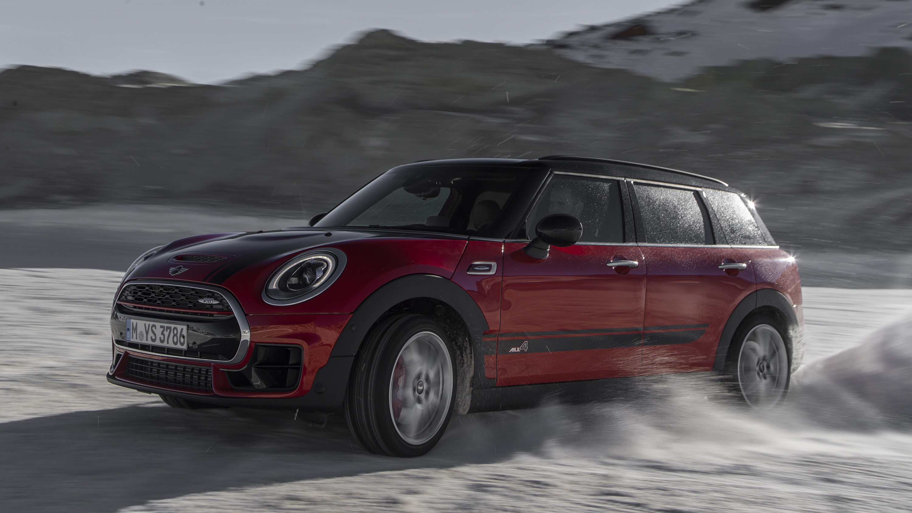 mini john cooper works clubman review 230bhp estate. Black Bedroom Furniture Sets. Home Design Ideas