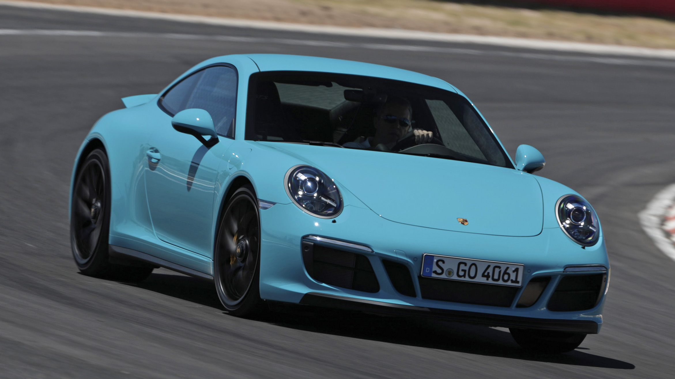 Porsche 911 GTS front quarter