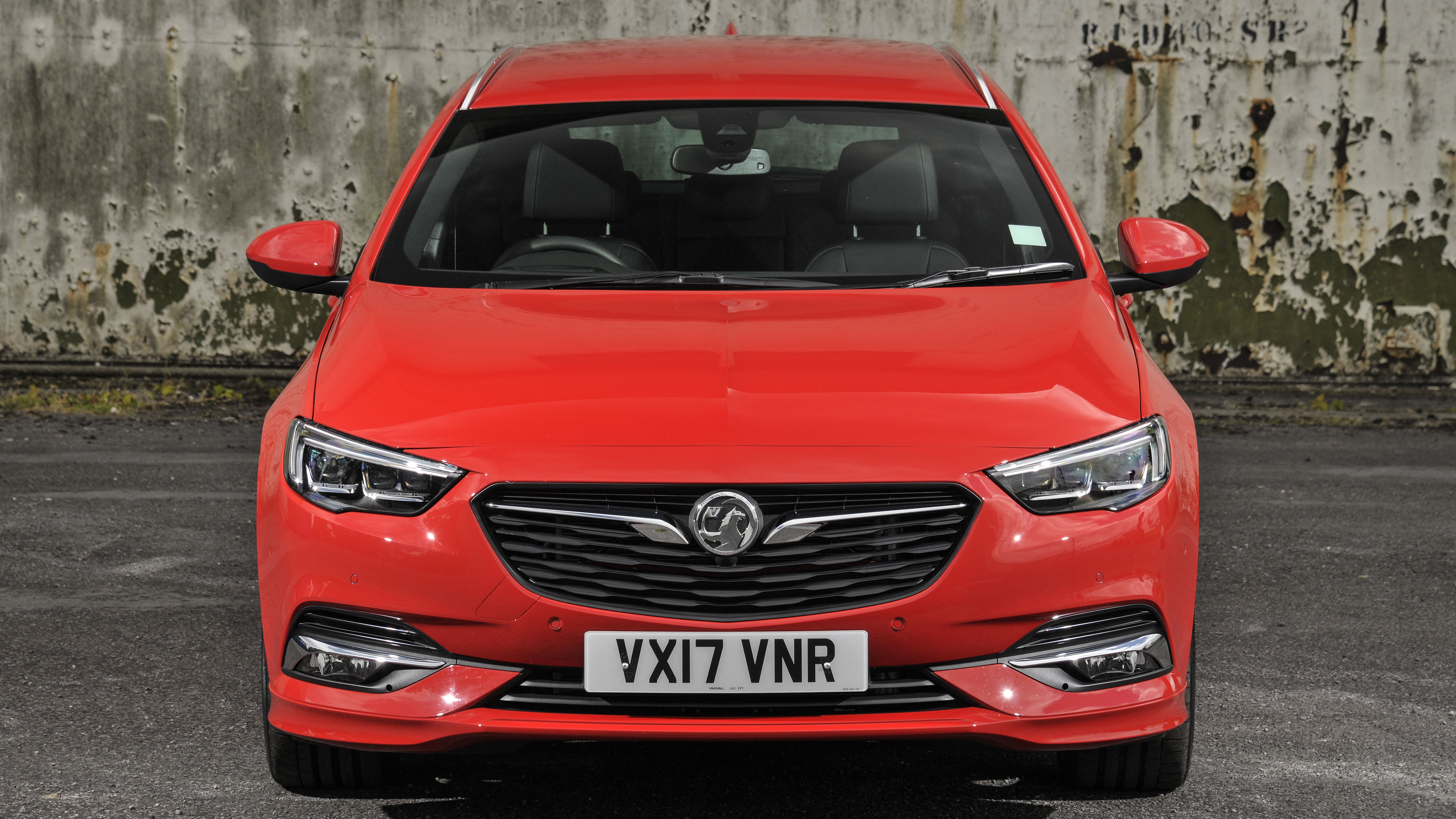 Vauxhall Insignia Sports Tourer front