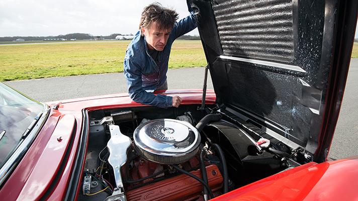 Richard Hammond Drives F Car