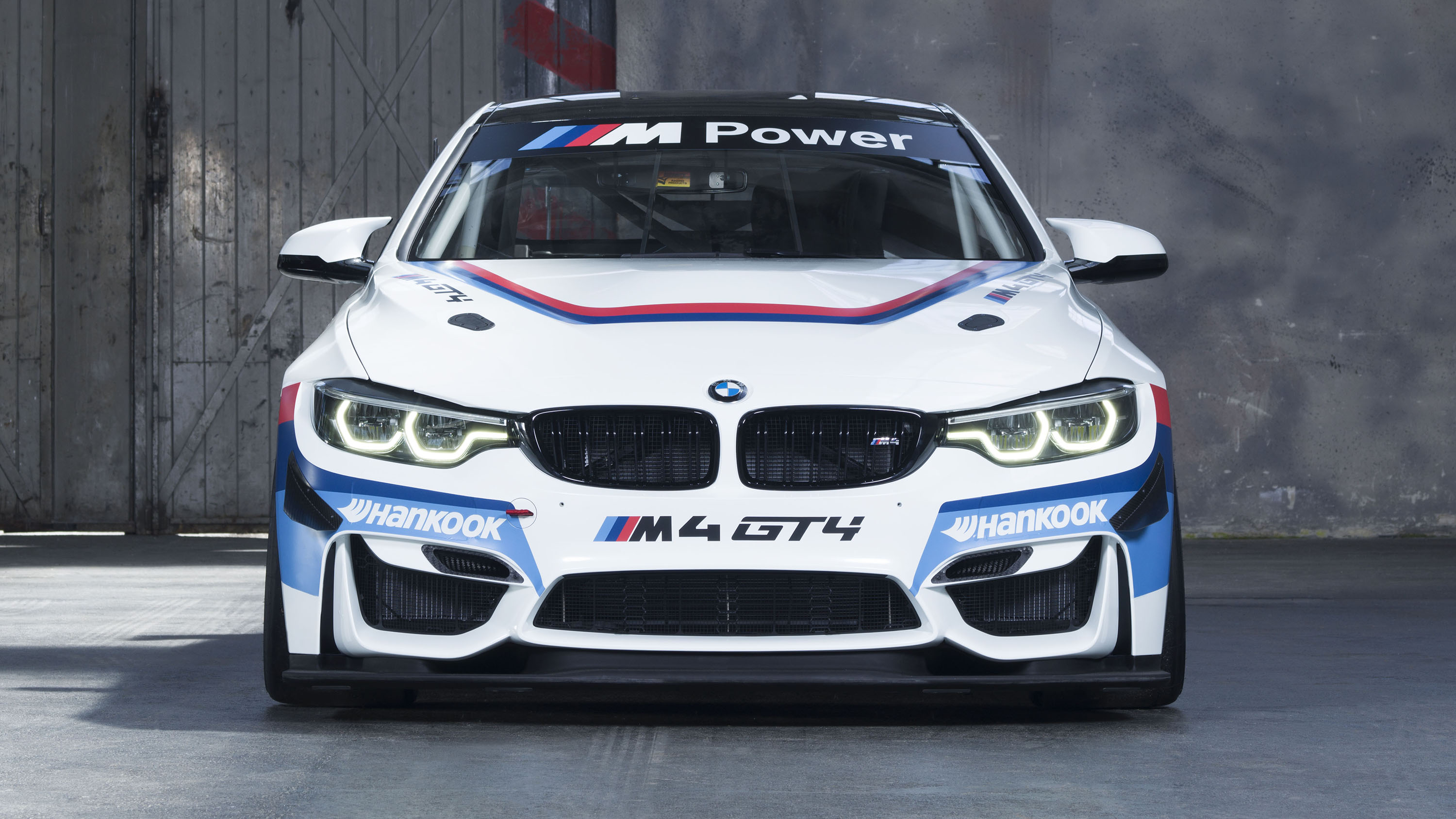 BMW M4 Coupe GT4 front