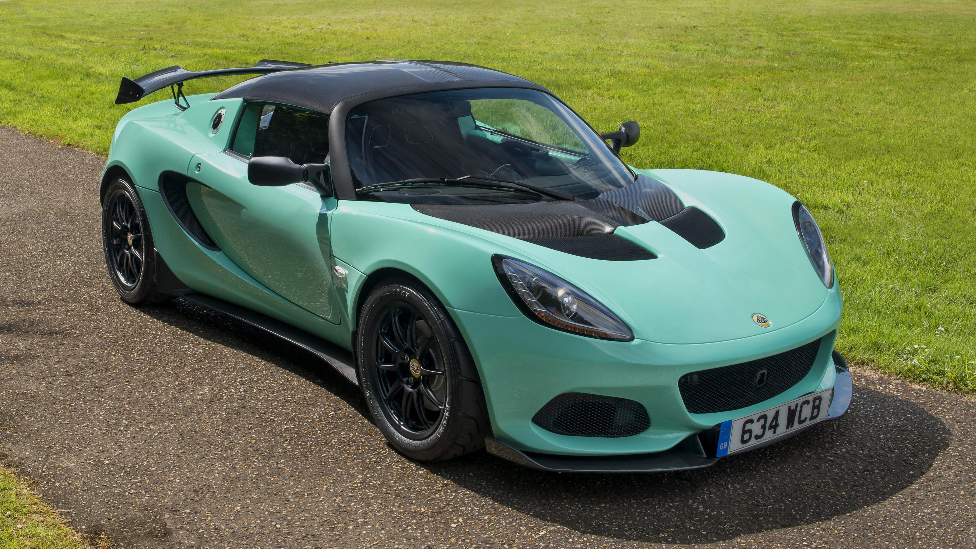 Lotus Elise Cup 250 front quarter