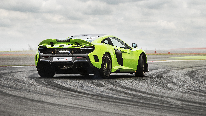 Wallpapers: McLaren's very fast, very green 675LT | Top Gear