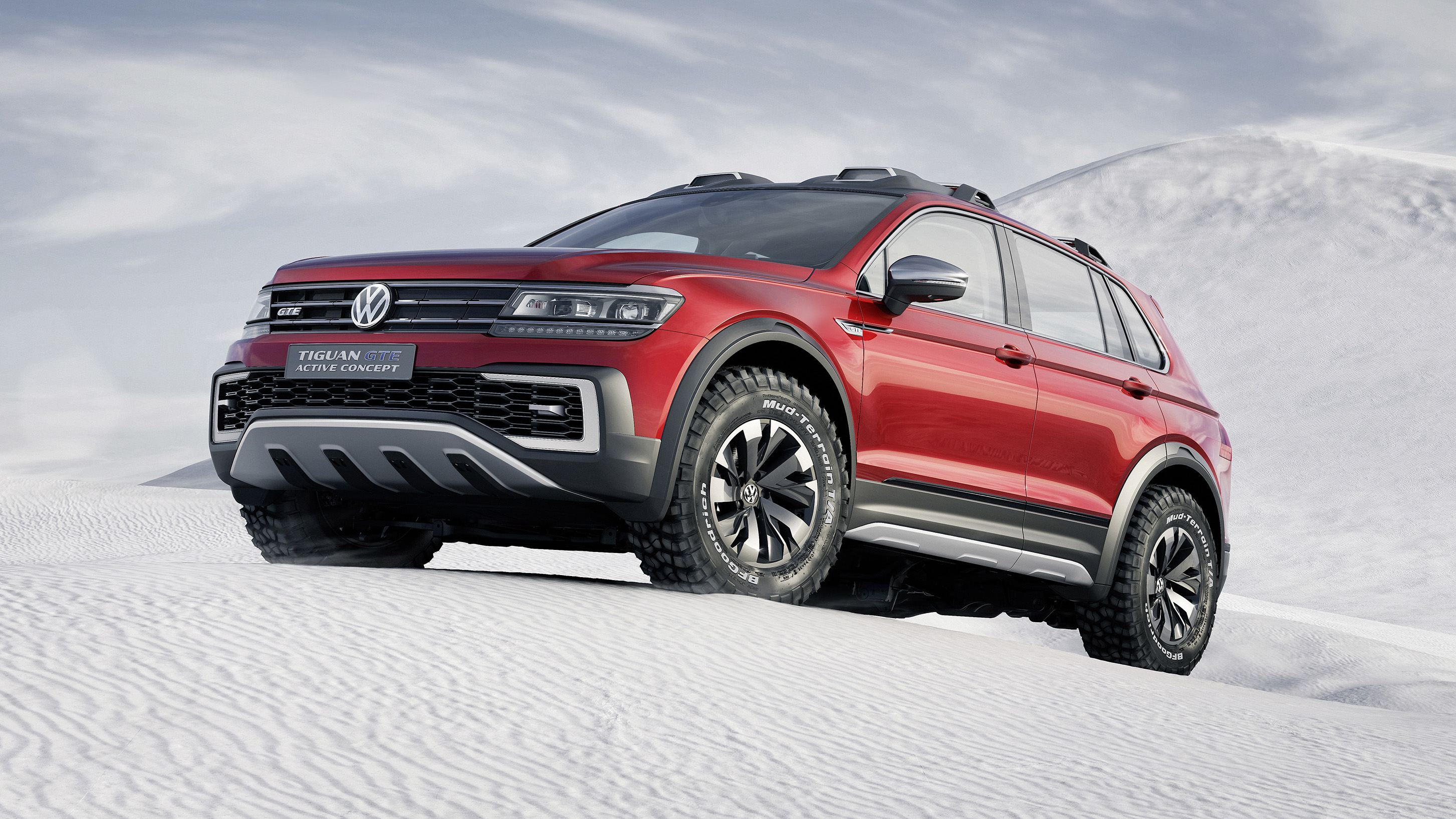 this tiguan gte is vw 39 s knobbly tyred 222bhp hybrid suv. Black Bedroom Furniture Sets. Home Design Ideas