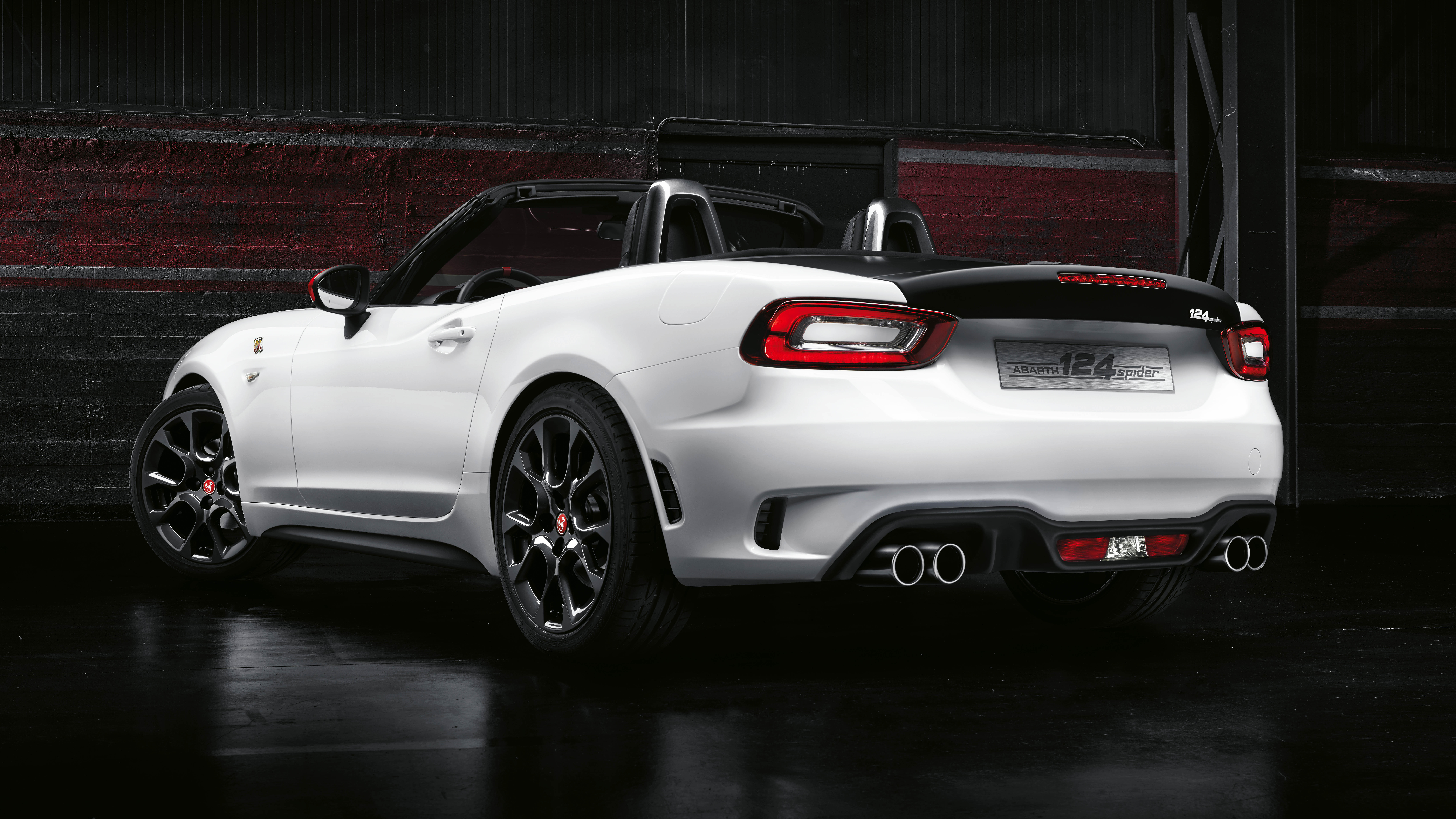 abarth 39 s 124 spider is here and there 39 s a 300bhp rally. Black Bedroom Furniture Sets. Home Design Ideas