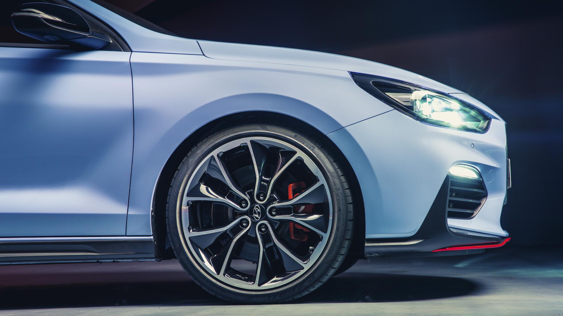 Hyundai i30 N front wheels