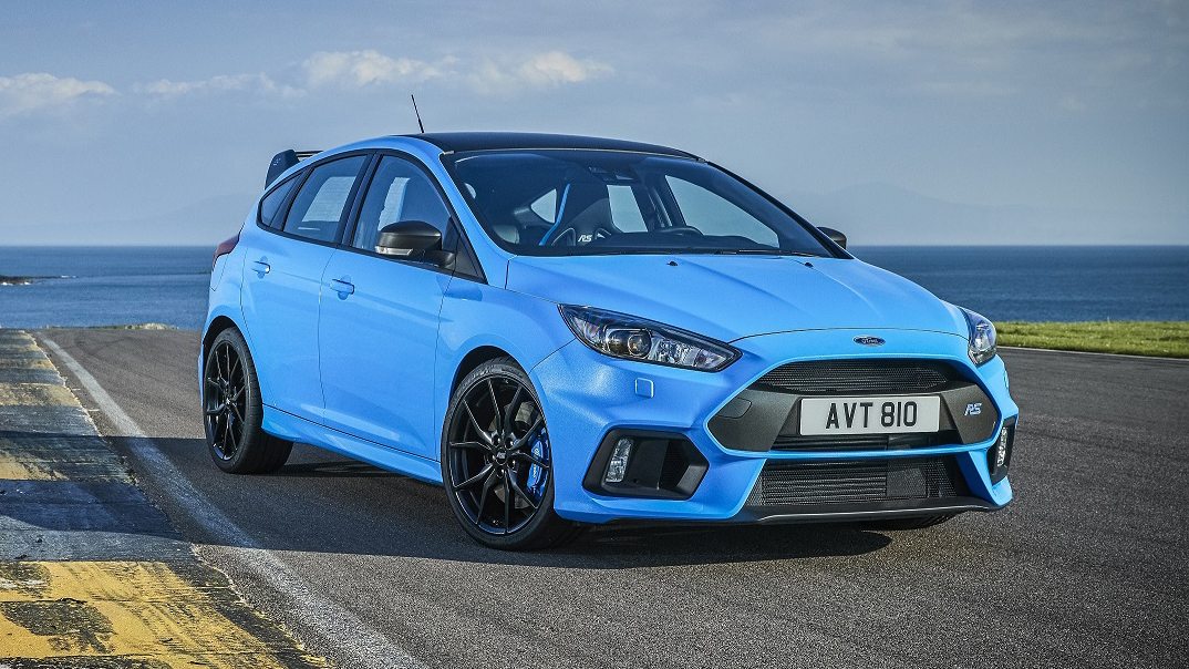 The new Ford Focus RS front quarter