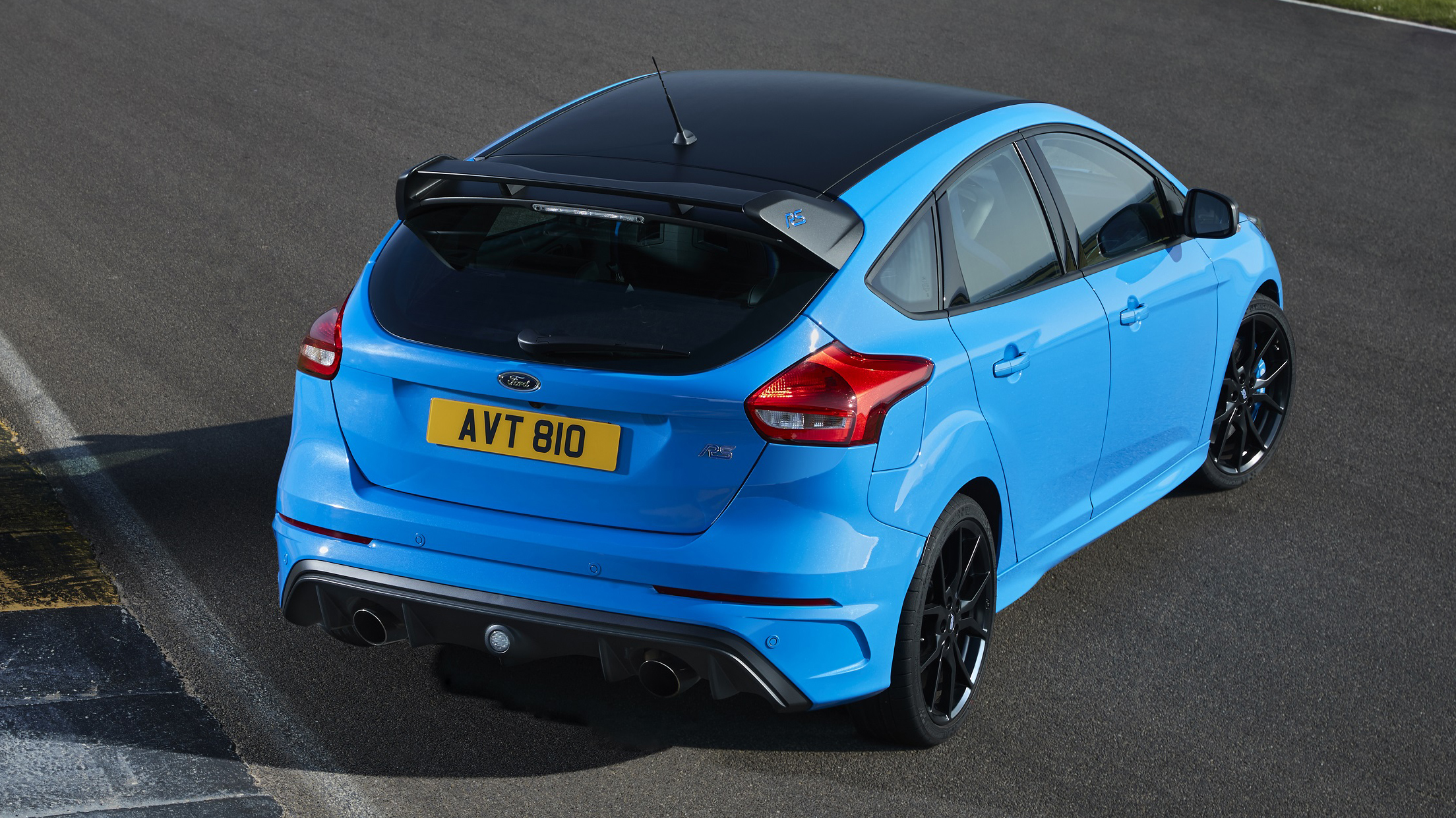 The new Ford Focus RS rear