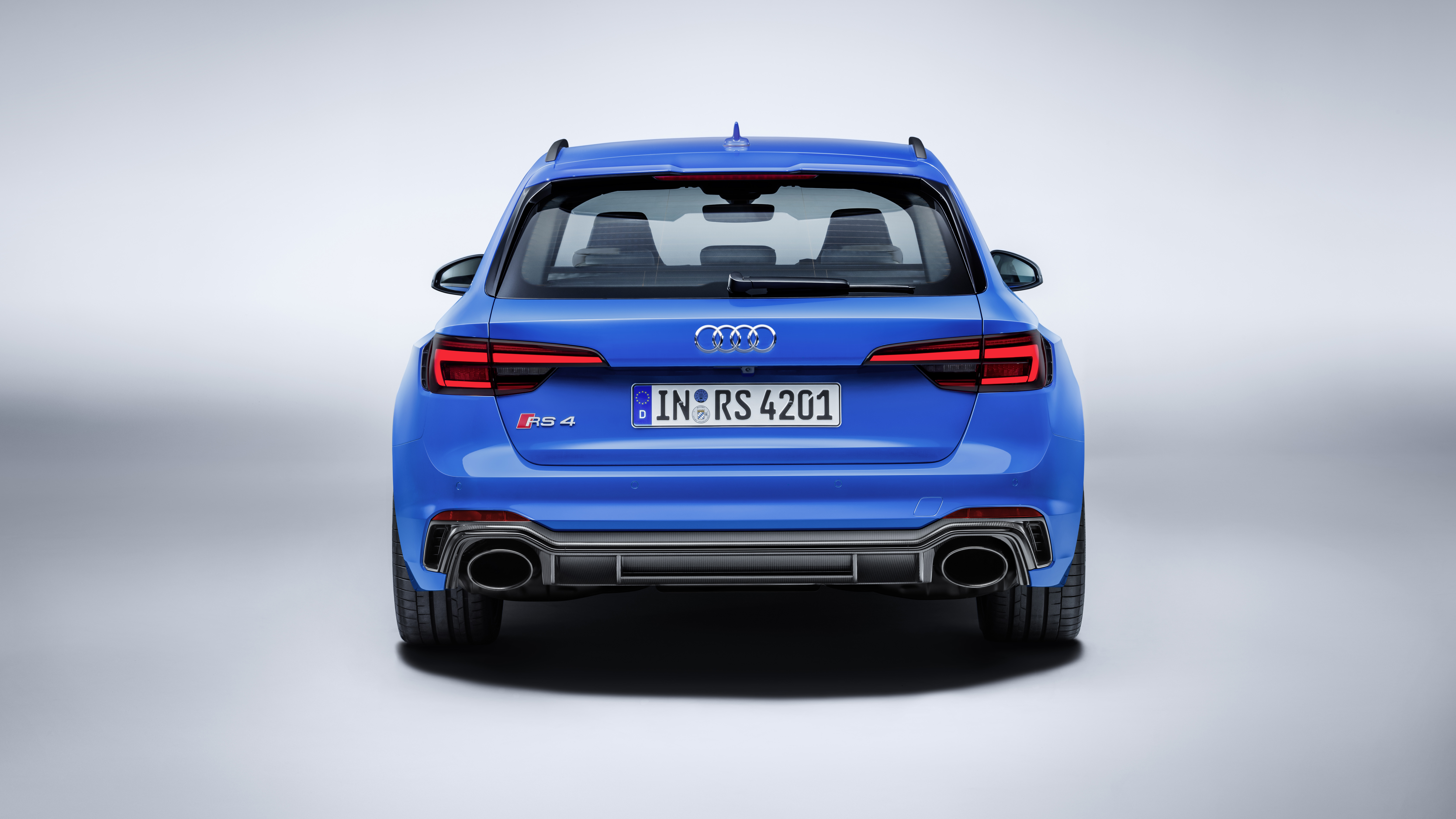 Audi RS4 rear