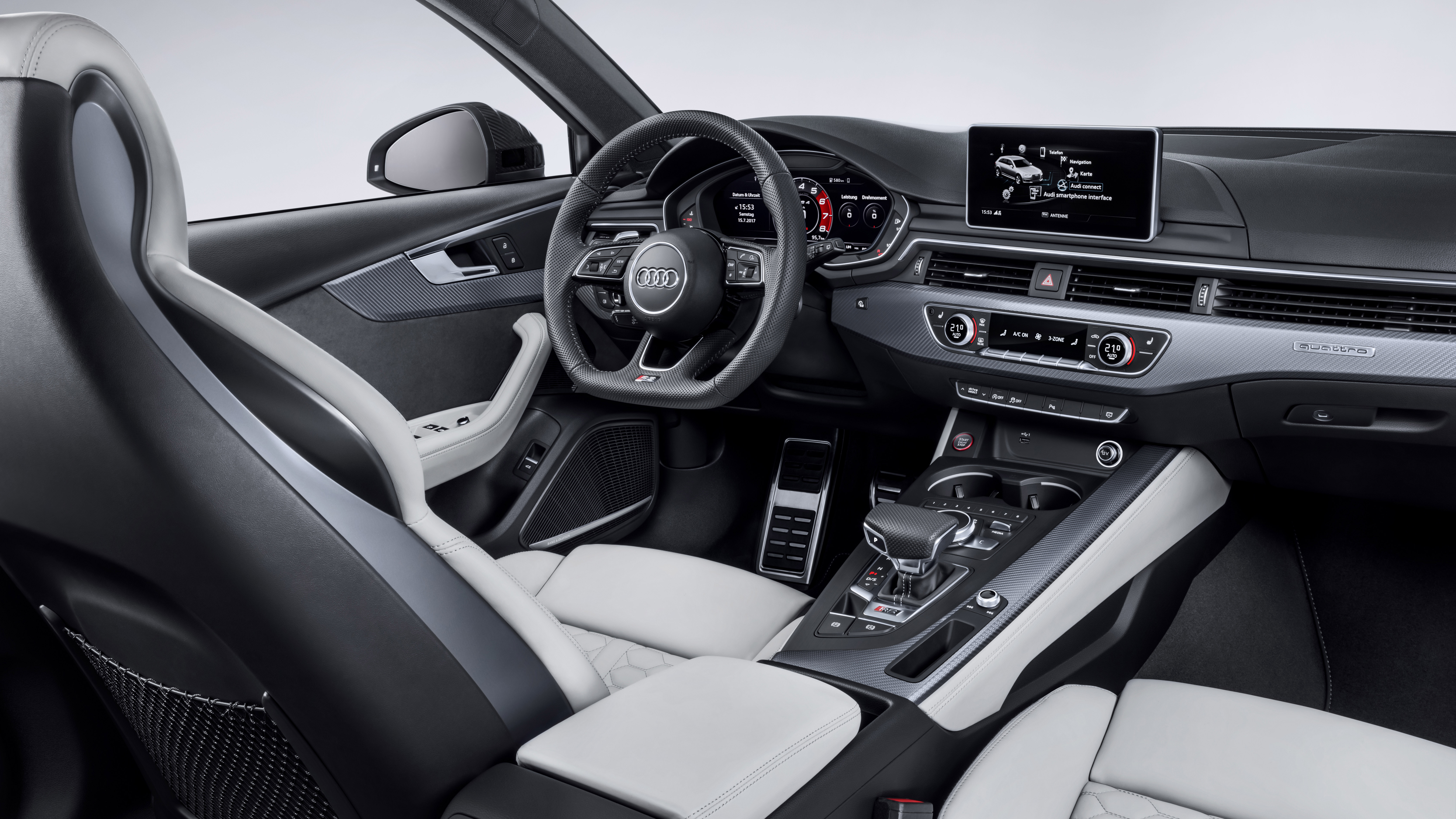 Audi RS4 interior