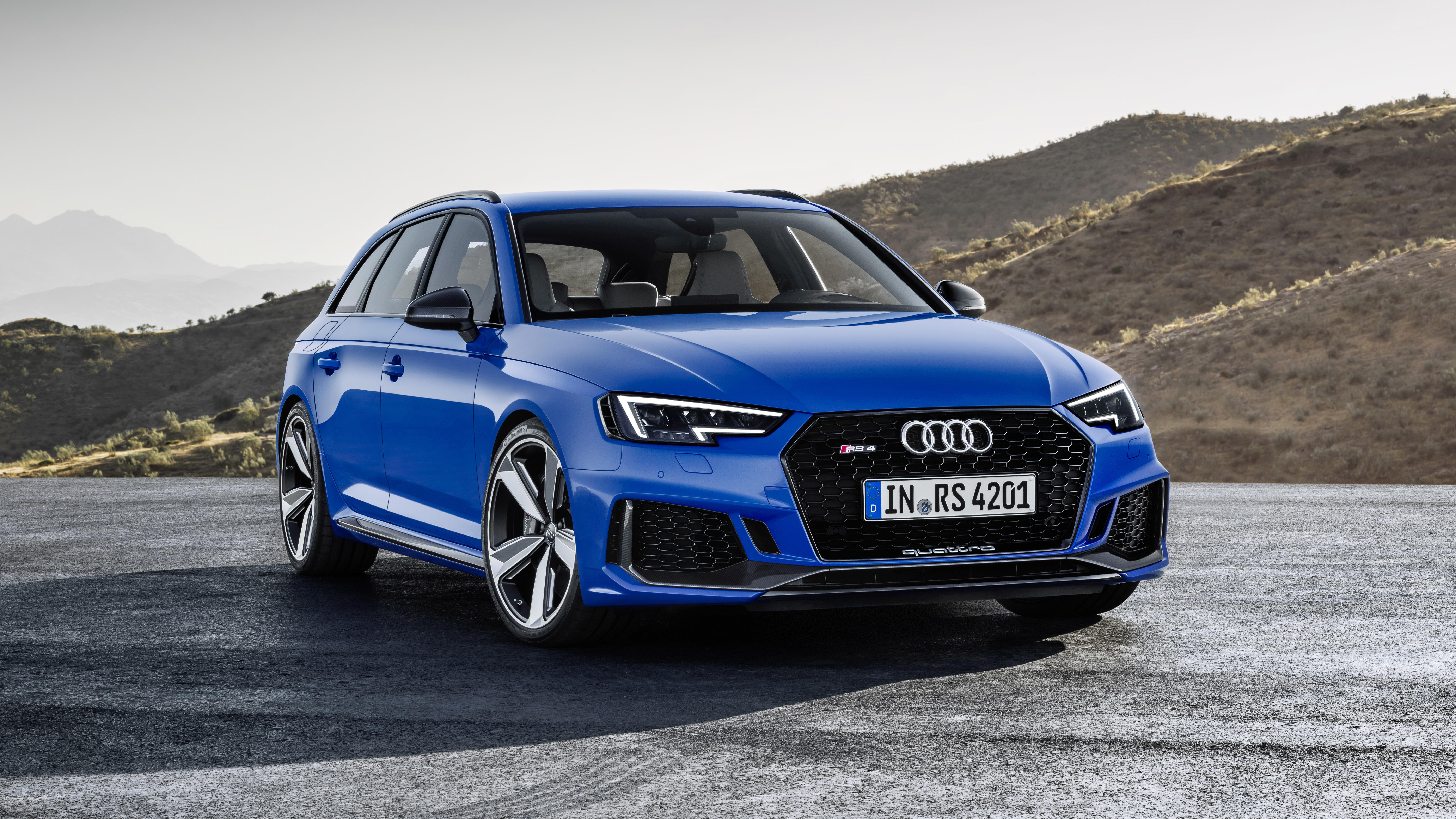 Audi RS4 front quarter