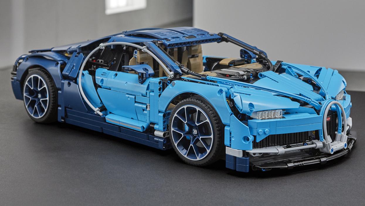 the new lego technic bugatti chiron has 3 599 pieces top gear. Black Bedroom Furniture Sets. Home Design Ideas