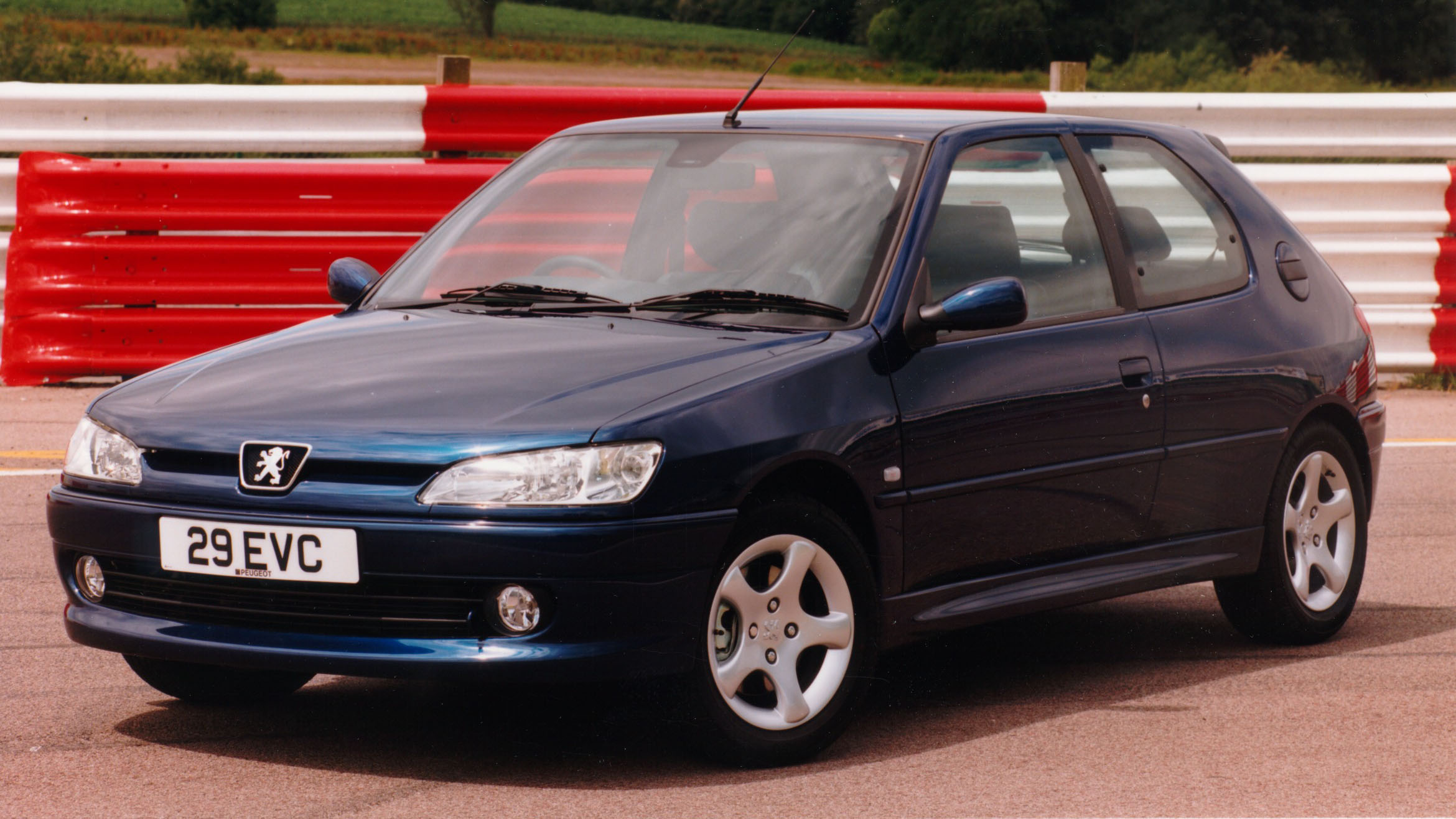 the peugeot 306 gti 6 is still amazing top gear. Black Bedroom Furniture Sets. Home Design Ideas