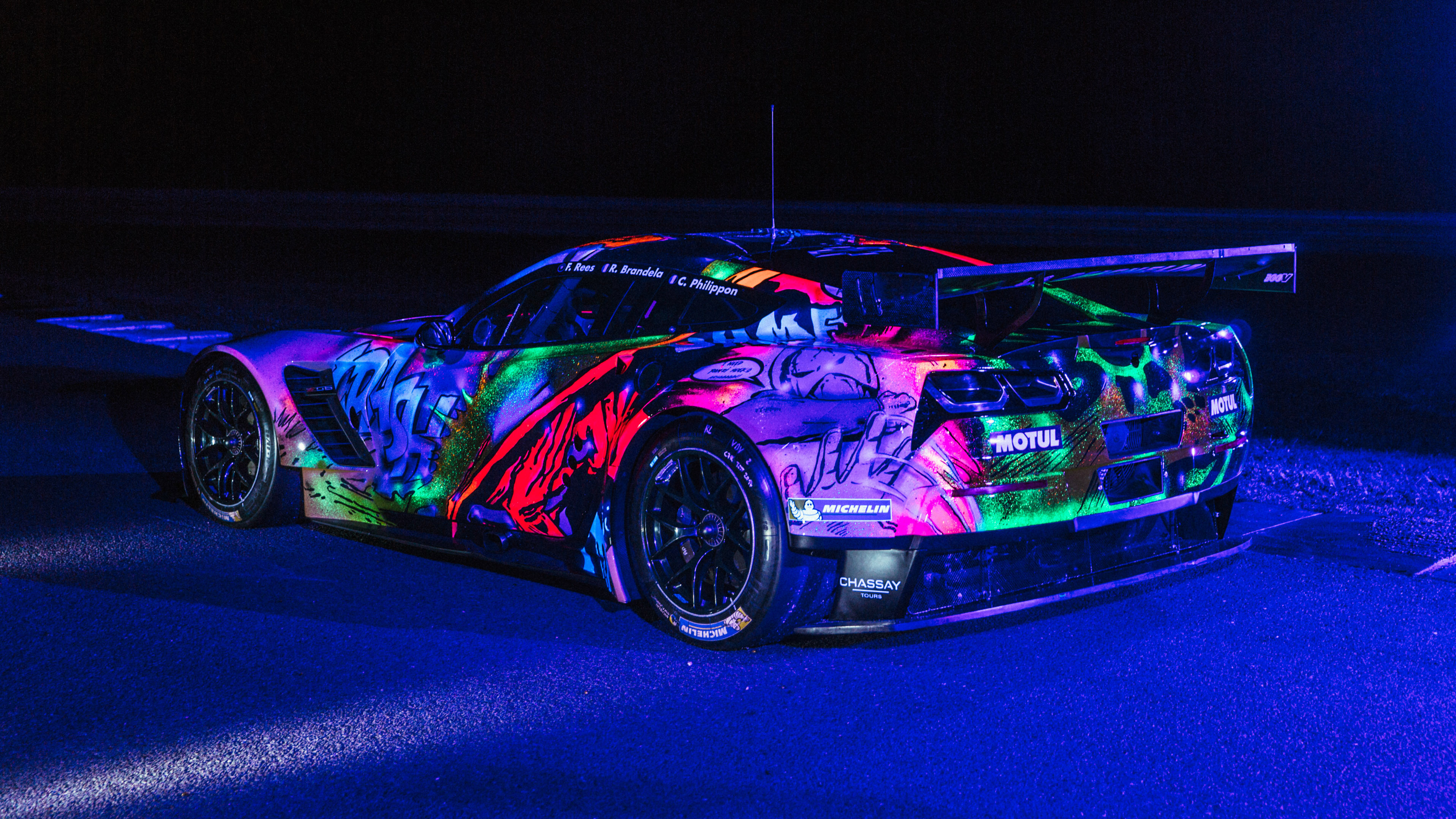 Corvette C7 glow in the dark rear quarter