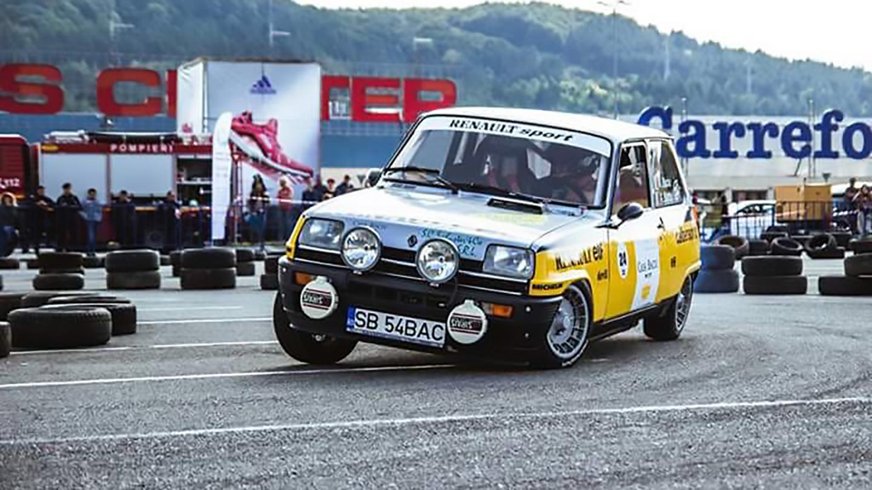 Renault 5 Alpine Turbo front quarter
