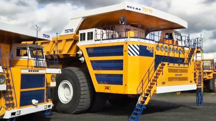 The World's biggest dump truck